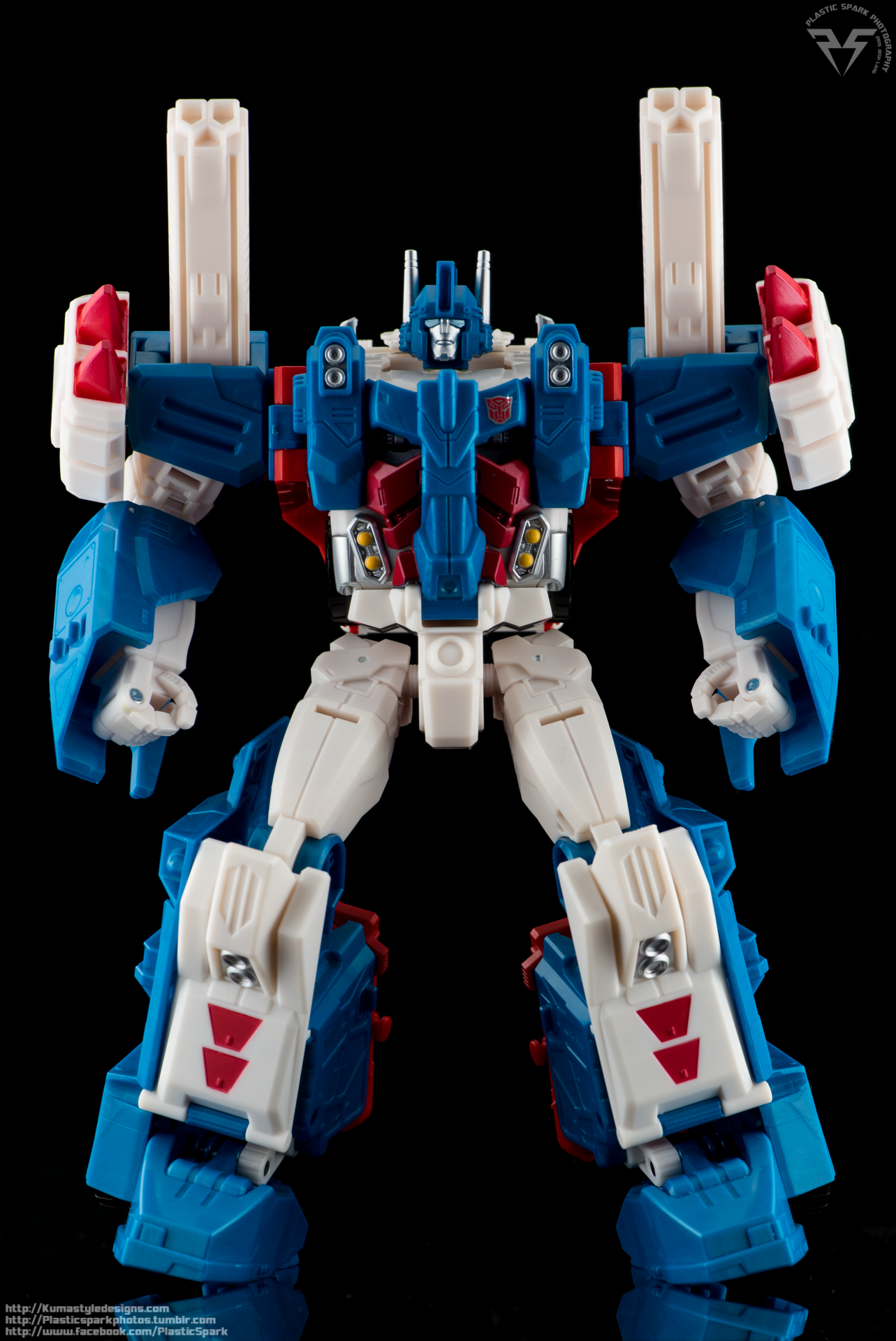 Combiner-Wars-Ultra-Magnus-(9-of-13).png