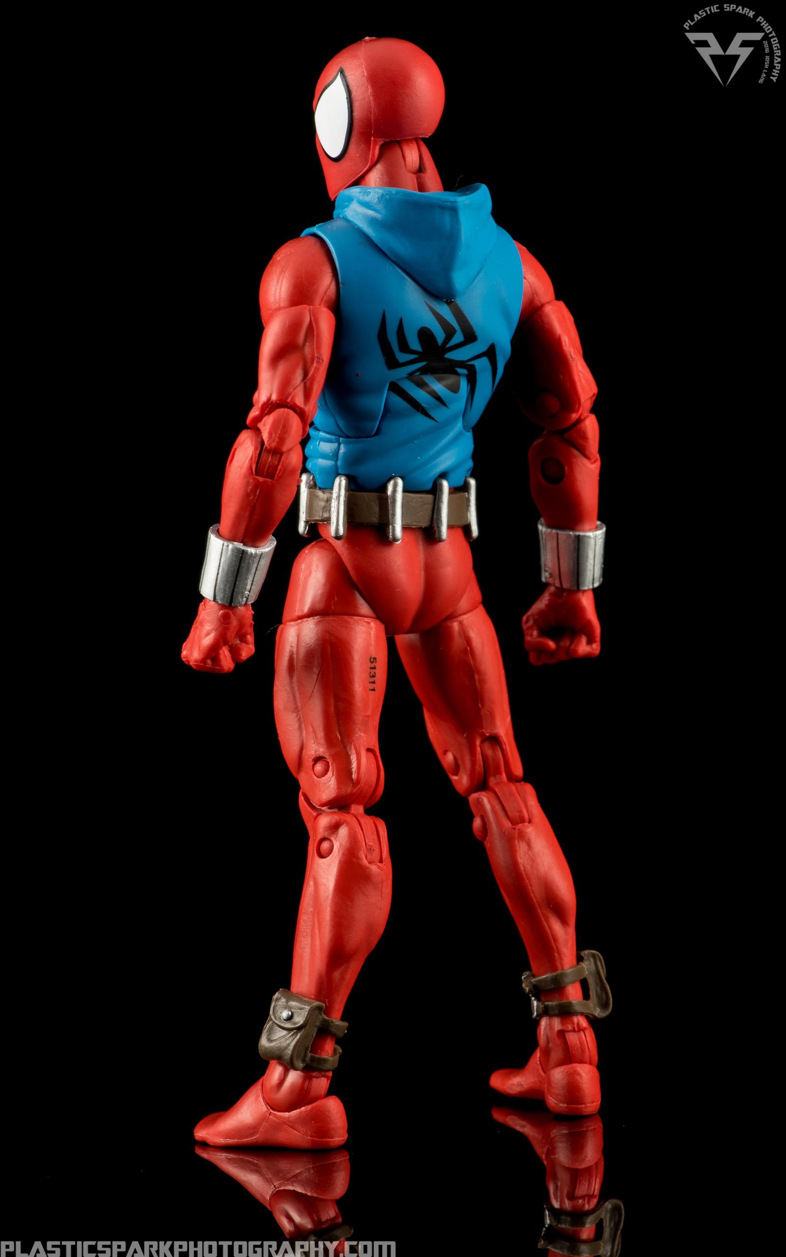 Marvel-Legends-Scarlet-Spider-(2-of-11).png