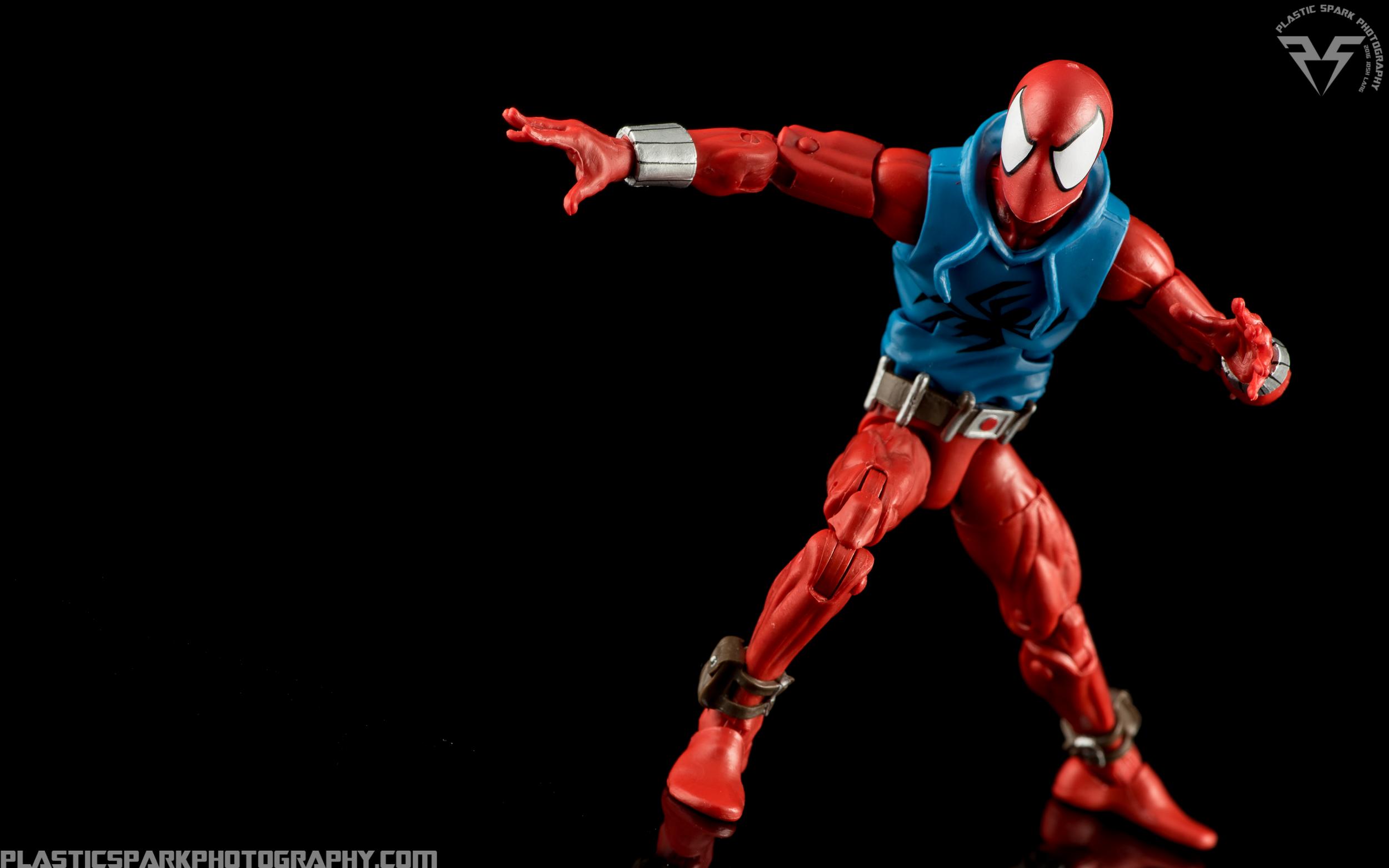Marvel-Legends-Scarlet-Spider-(3-of-11).png