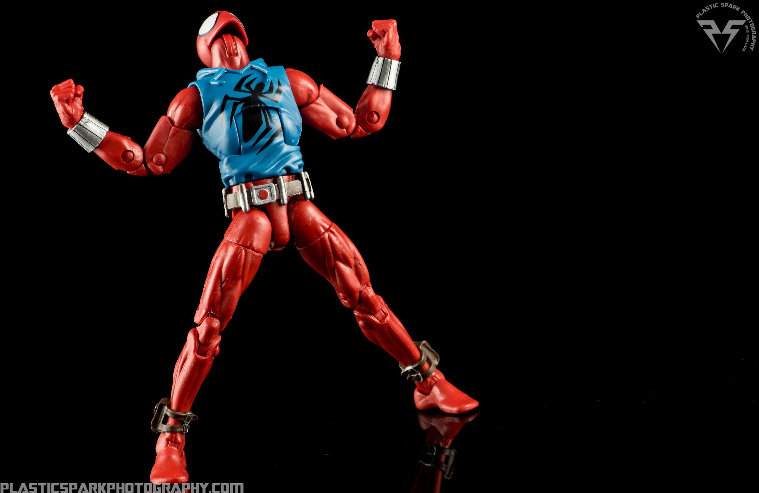 Marvel-Legends-Scarlet-Spider-(8-of-11).png