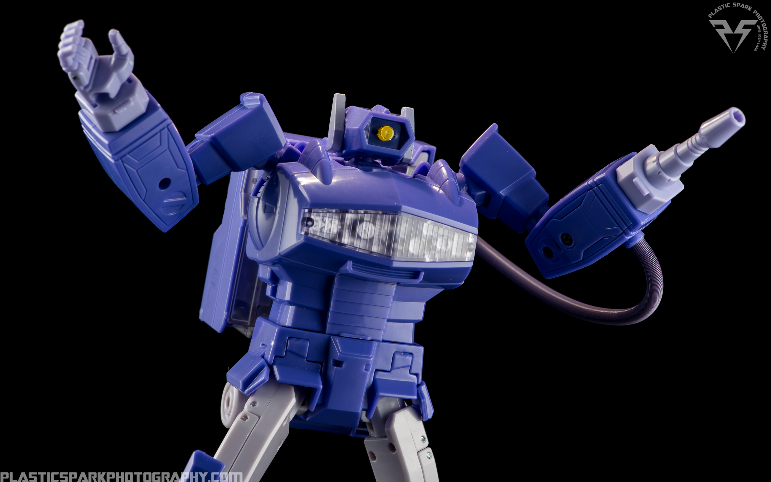 MP-29-Masterpiece-Shockwave-(4-of-21).png