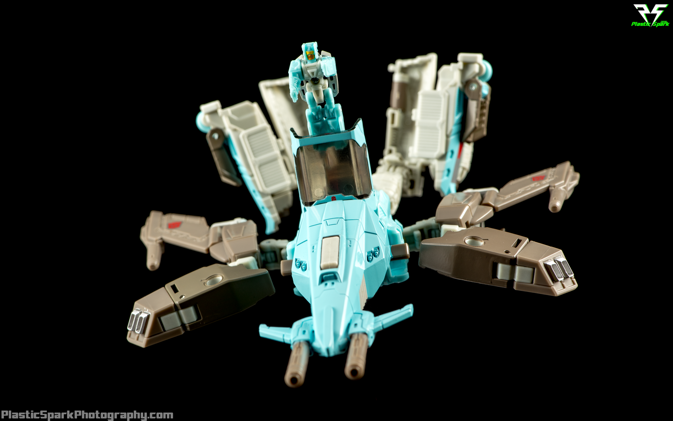 Titans-Return-Brainstorm-(SDCC)-(9-of-20).png