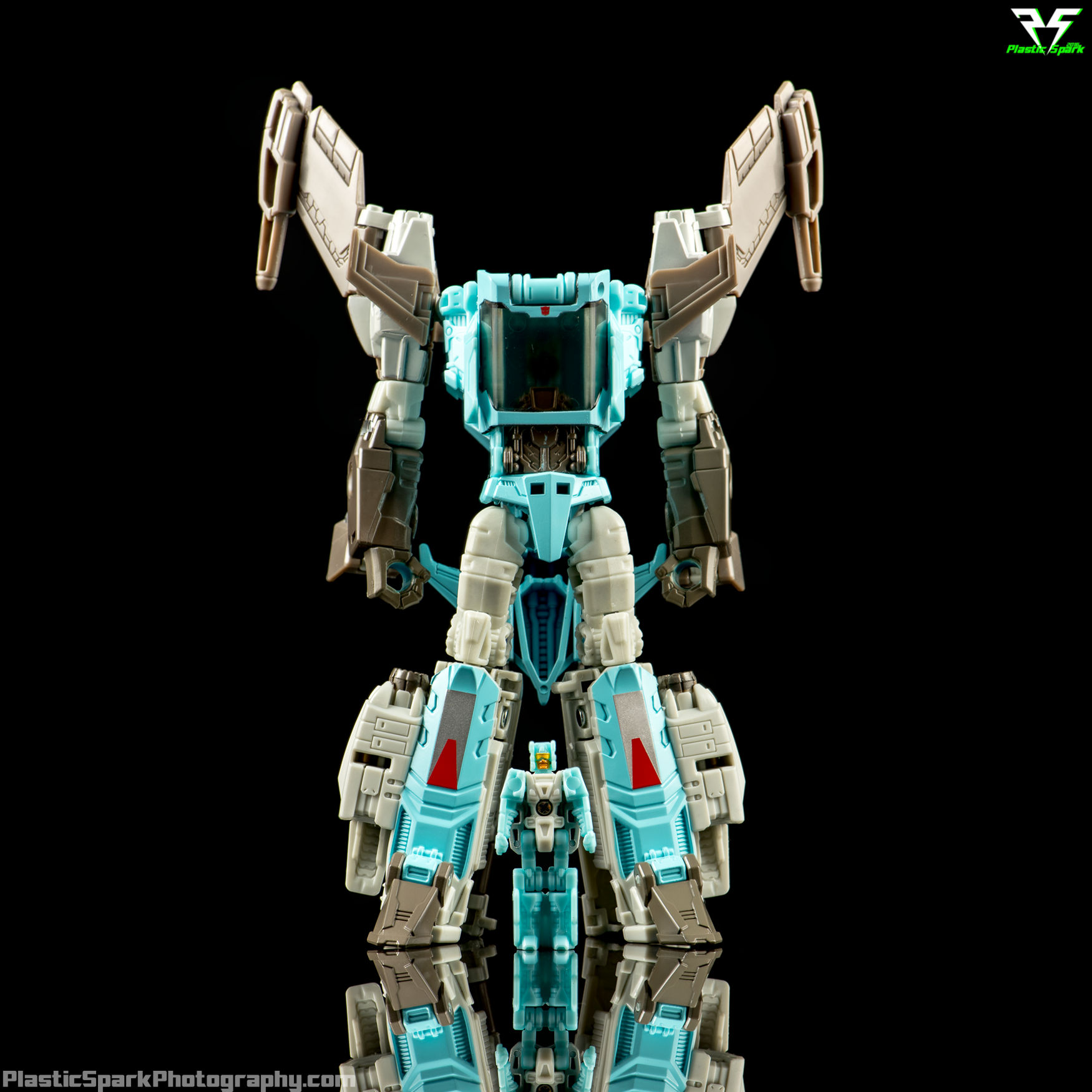 Titans-Return-Brainstorm-(SDCC)-(11-of-20).png
