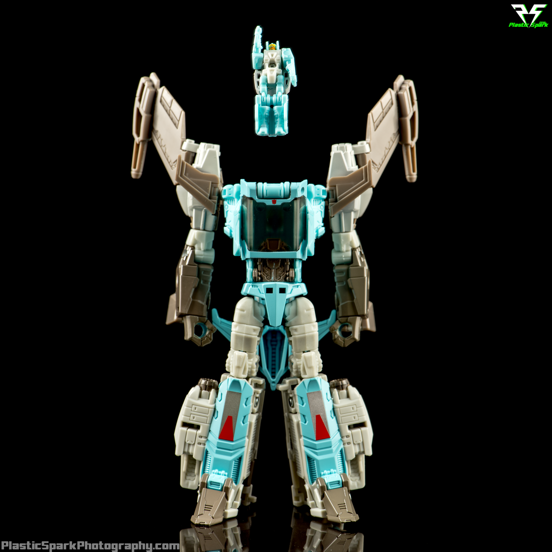 Titans-Return-Brainstorm-(SDCC)-(12-of-20).png