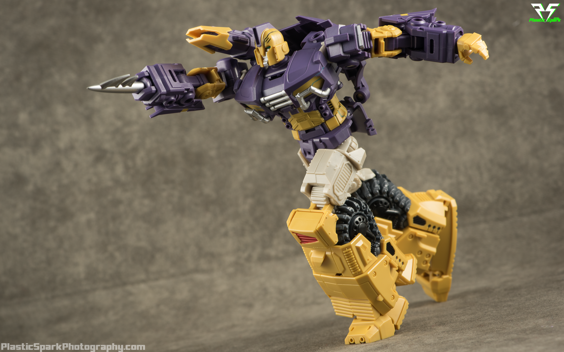 Mastermind-Creations-Spartan-(23-of-27).png