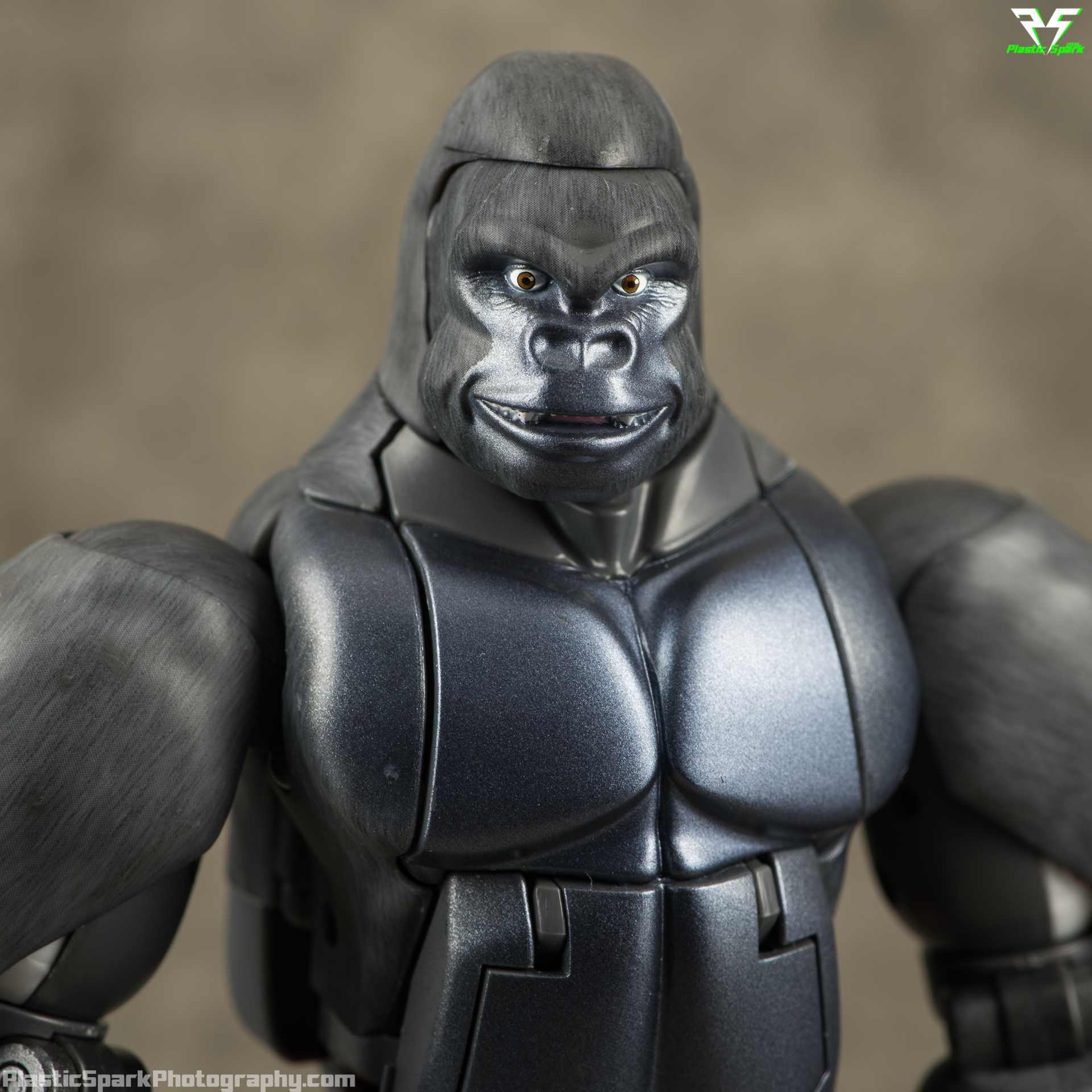 Masterpiece-MP32-Convoy-(Beast-Wars)-(7-of-37).png