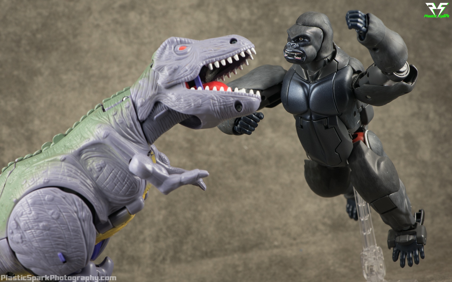 Masterpiece-MP32-Convoy-(Beast-Wars)-(9-of-37).png
