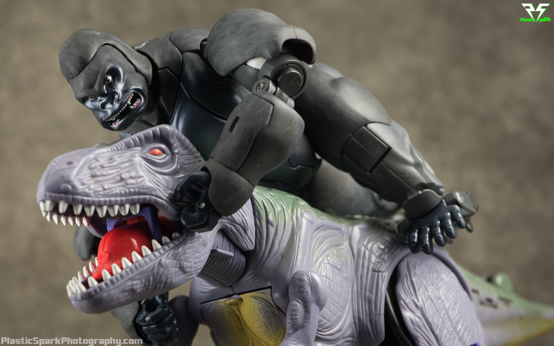 Masterpiece-MP32-Convoy-(Beast-Wars)-(10-of-37).png