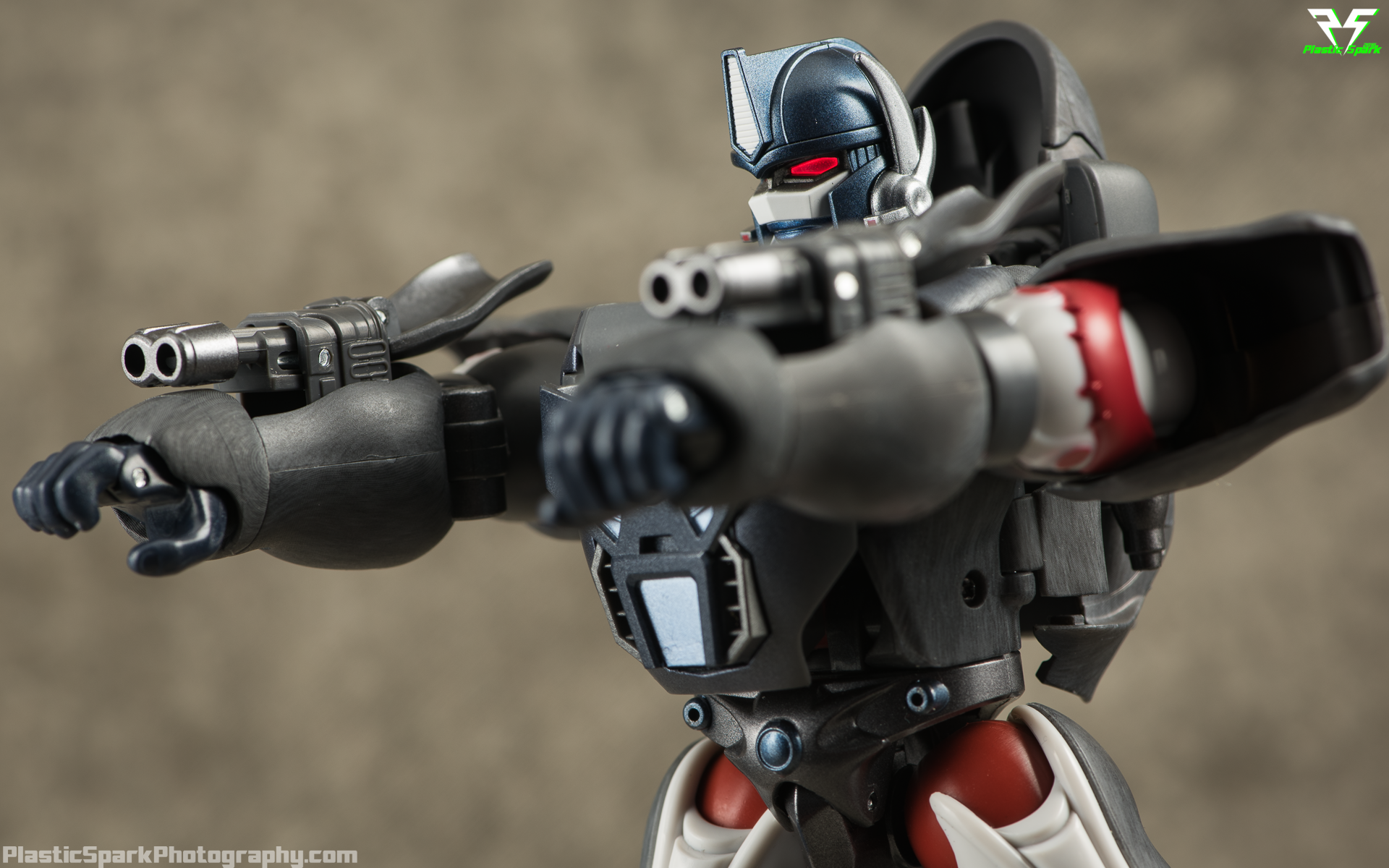 Masterpiece-MP32-Convoy-(Beast-Wars)-(17-of-37).png