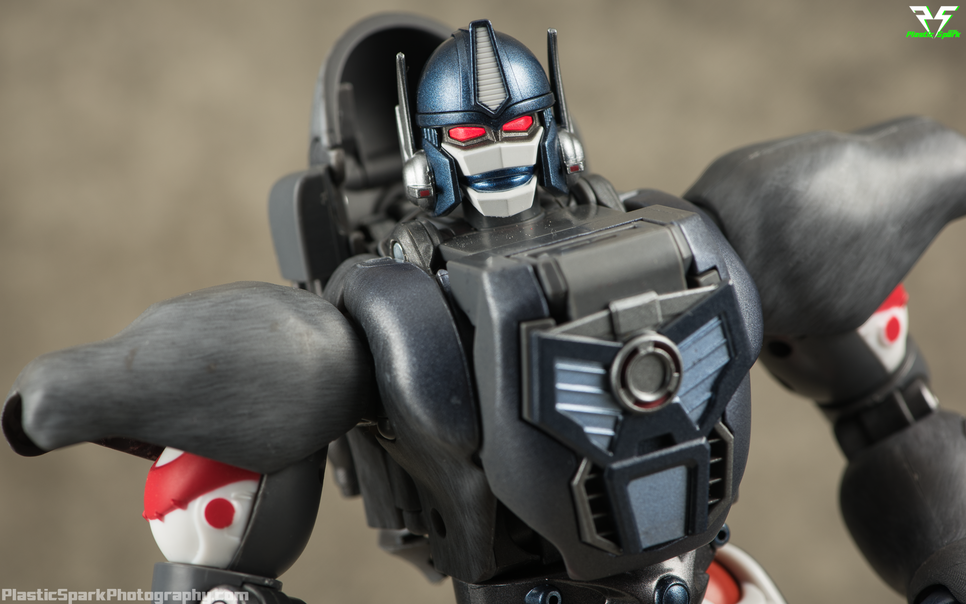 Masterpiece-MP32-Convoy-(Beast-Wars)-(18-of-37).png