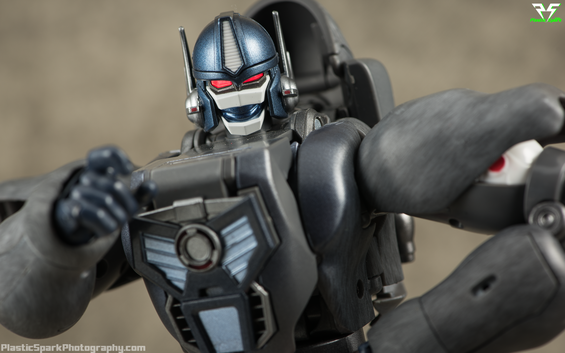Masterpiece-MP32-Convoy-(Beast-Wars)-(19-of-37).png