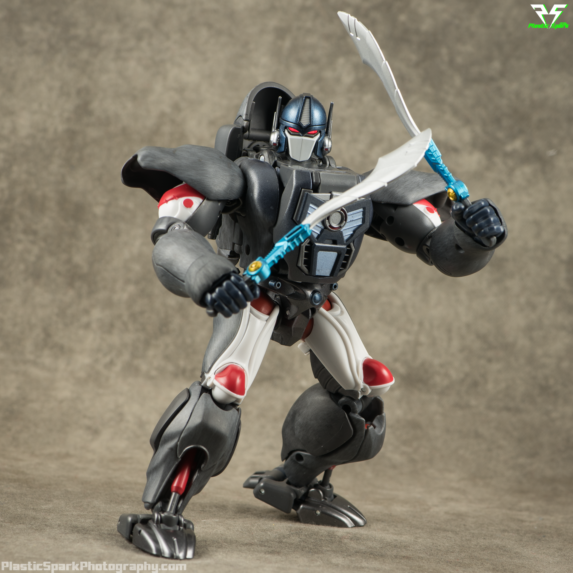 Masterpiece-MP32-Convoy-(Beast-Wars)-(22-of-37).png