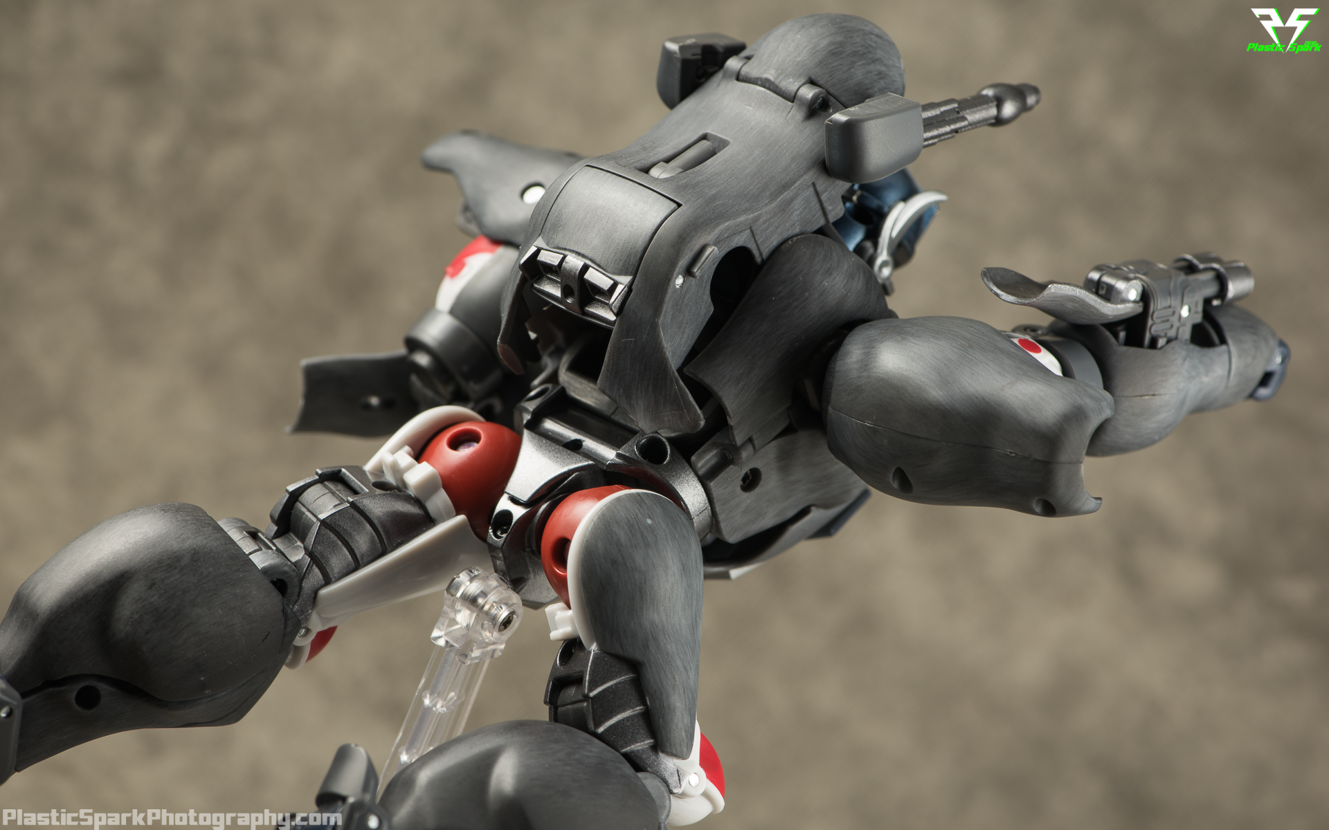 Masterpiece-MP32-Convoy-(Beast-Wars)-(28-of-37).png
