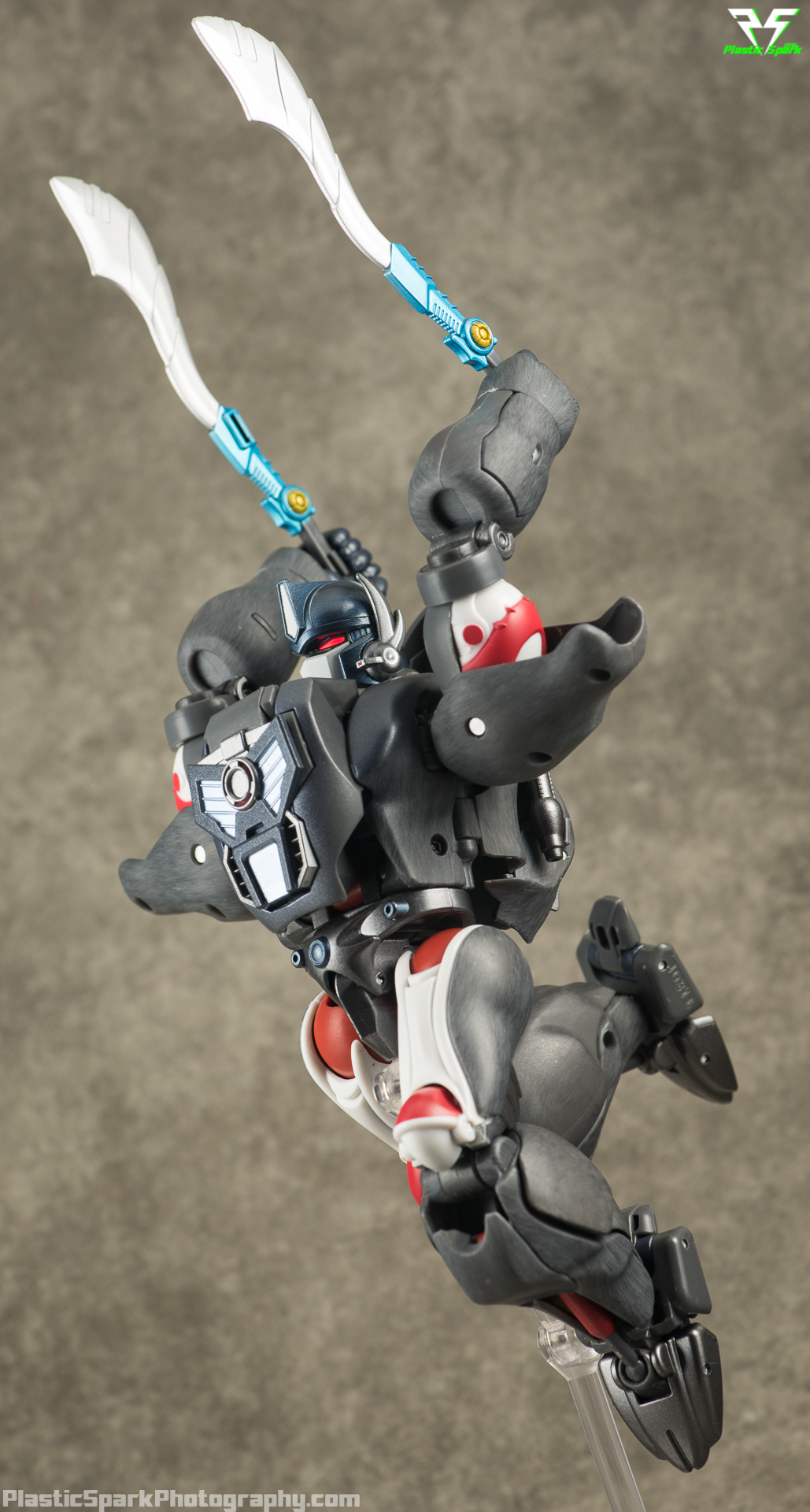 Masterpiece-MP32-Convoy-(Beast-Wars)-(32-of-37).png