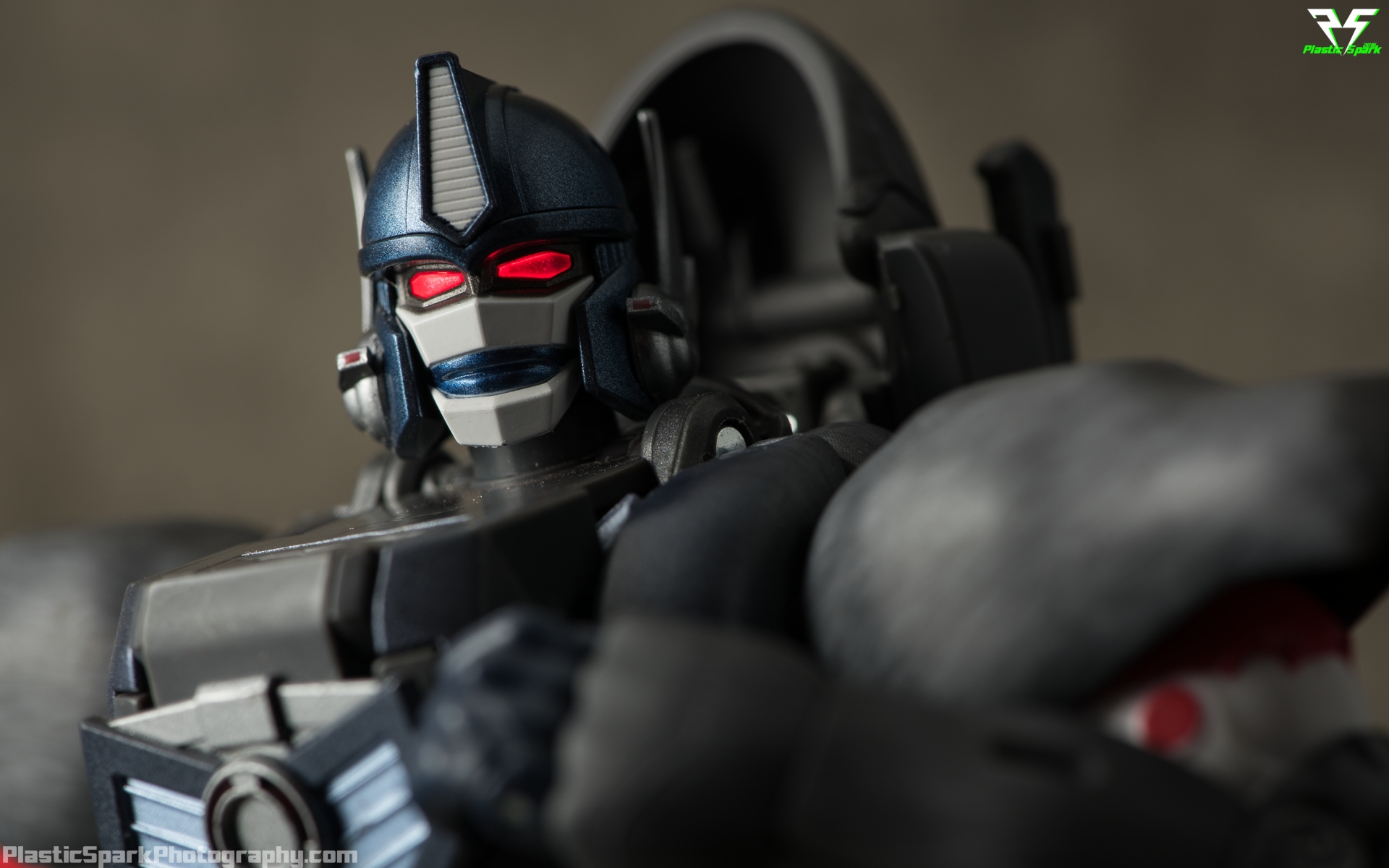Masterpiece-MP32-Convoy-(Beast-Wars)-(36-of-37).png