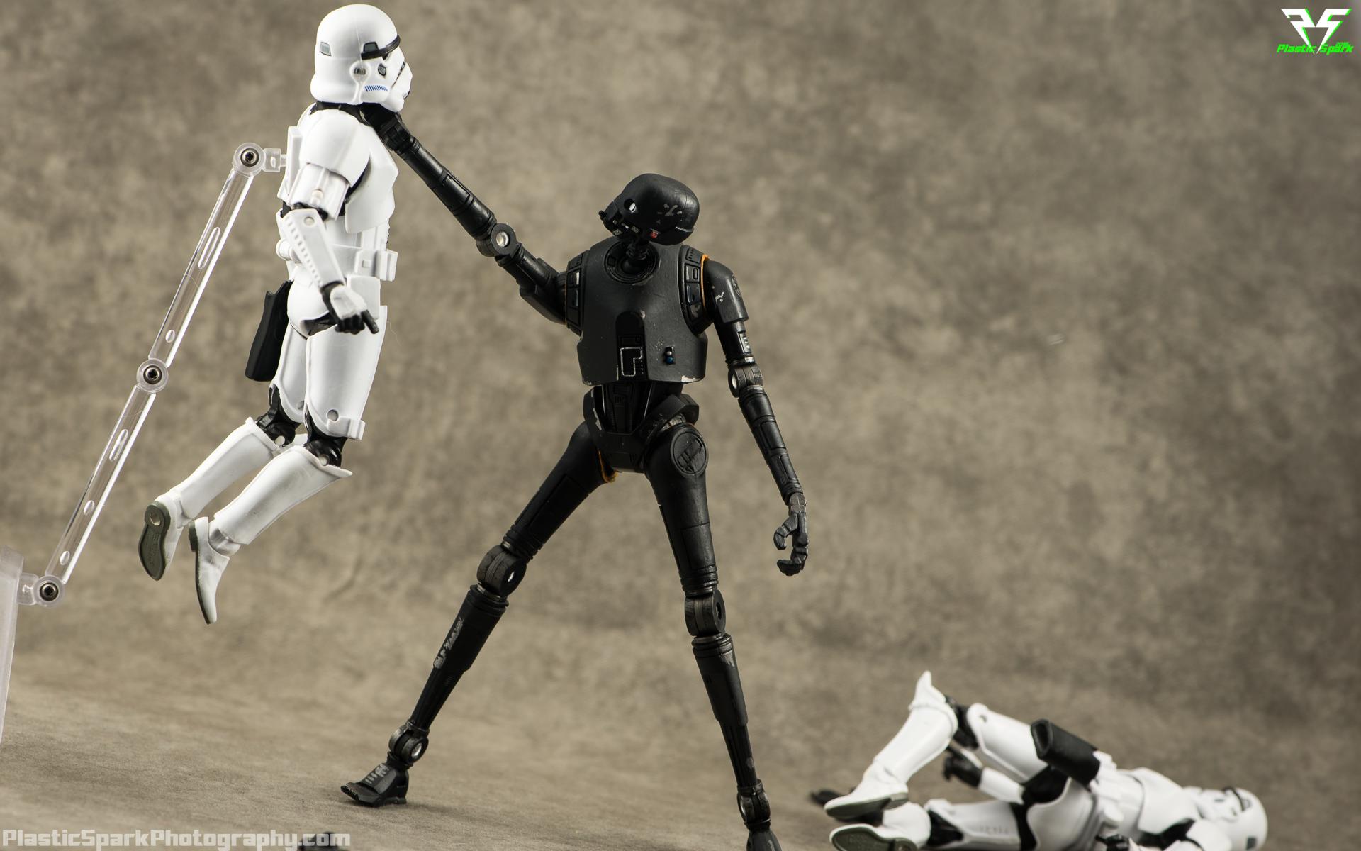 Star-Wars-Black-Series-K2-S0-(3-of-10).png