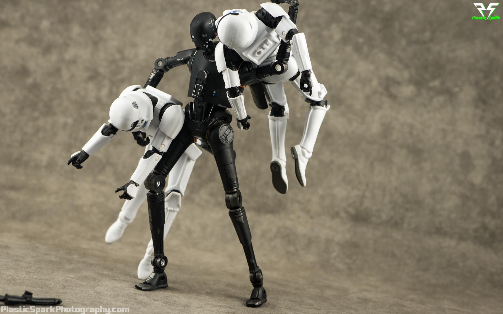 Star-Wars-Black-Series-K2-S0-(9-of-10).png