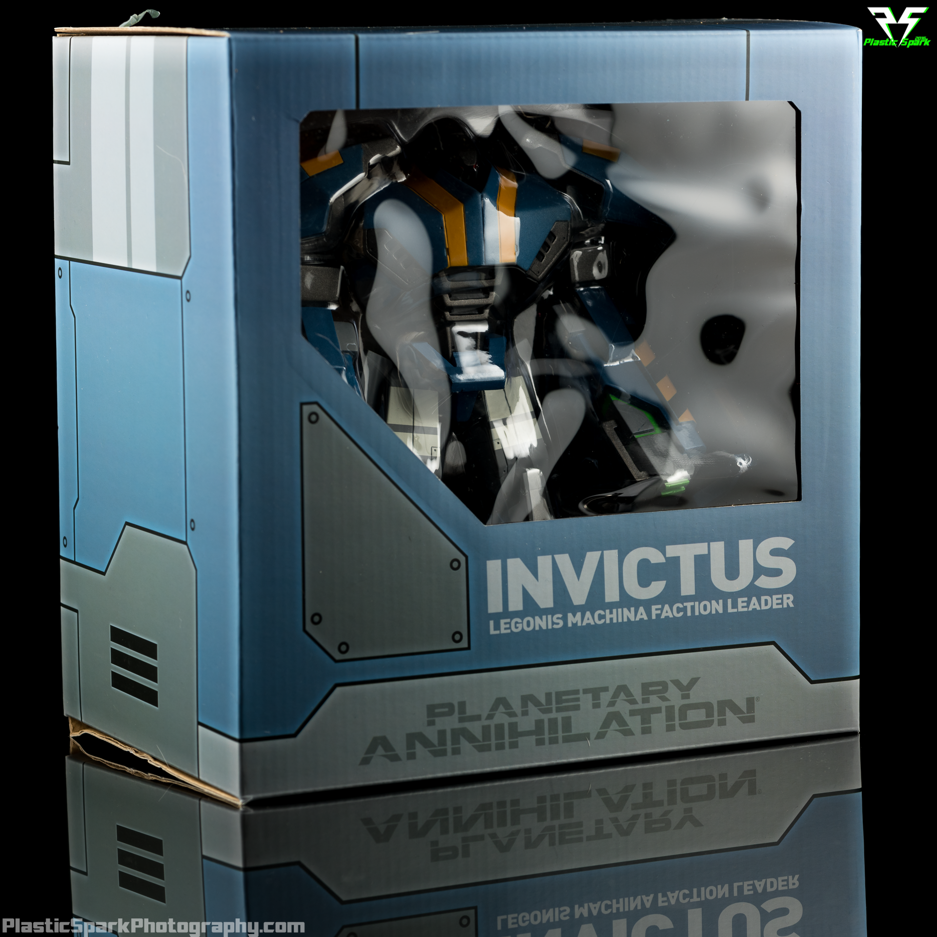 Planetary-Annihilation-Invictus-Statue-(10-of-10).png