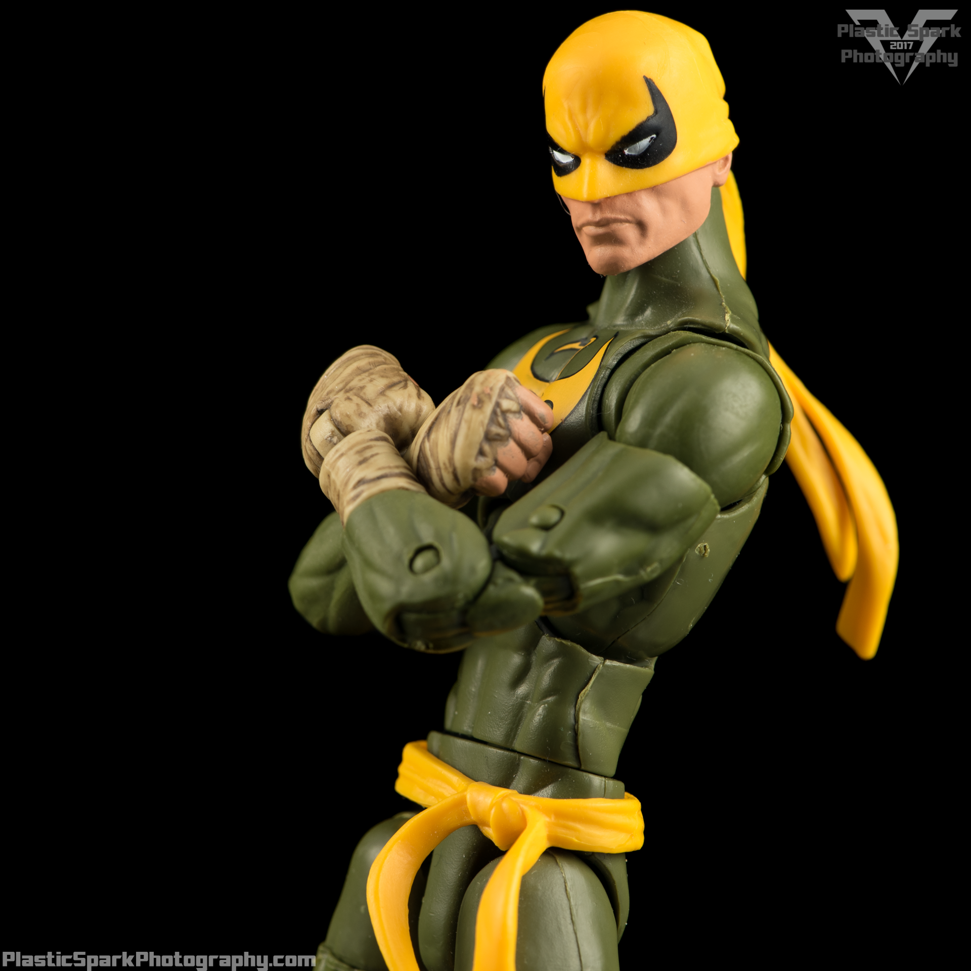 Marvel-Legends-Ironfist-(2-of-5).png