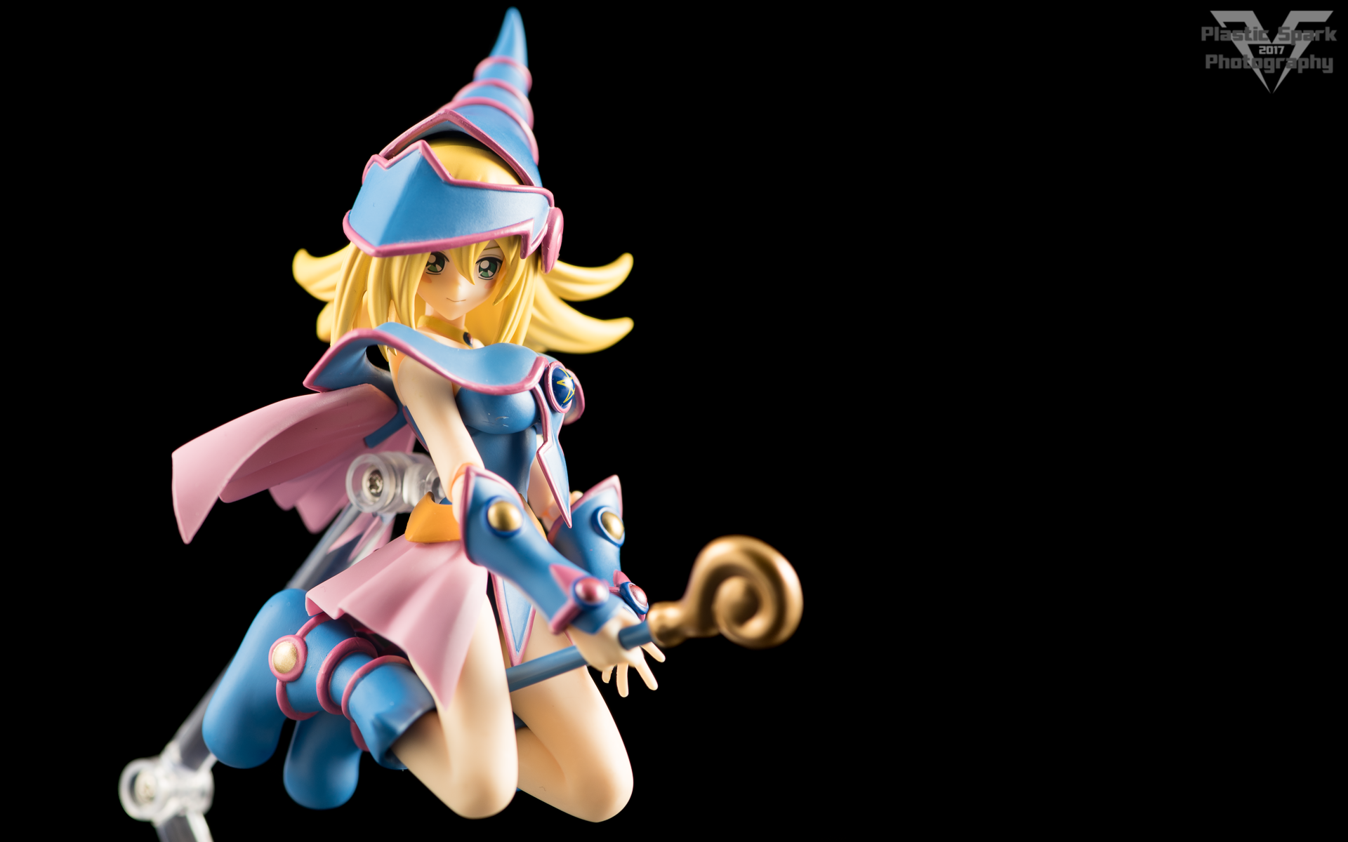 Figma-Dark-Magician-Girl-(2-of-17).png