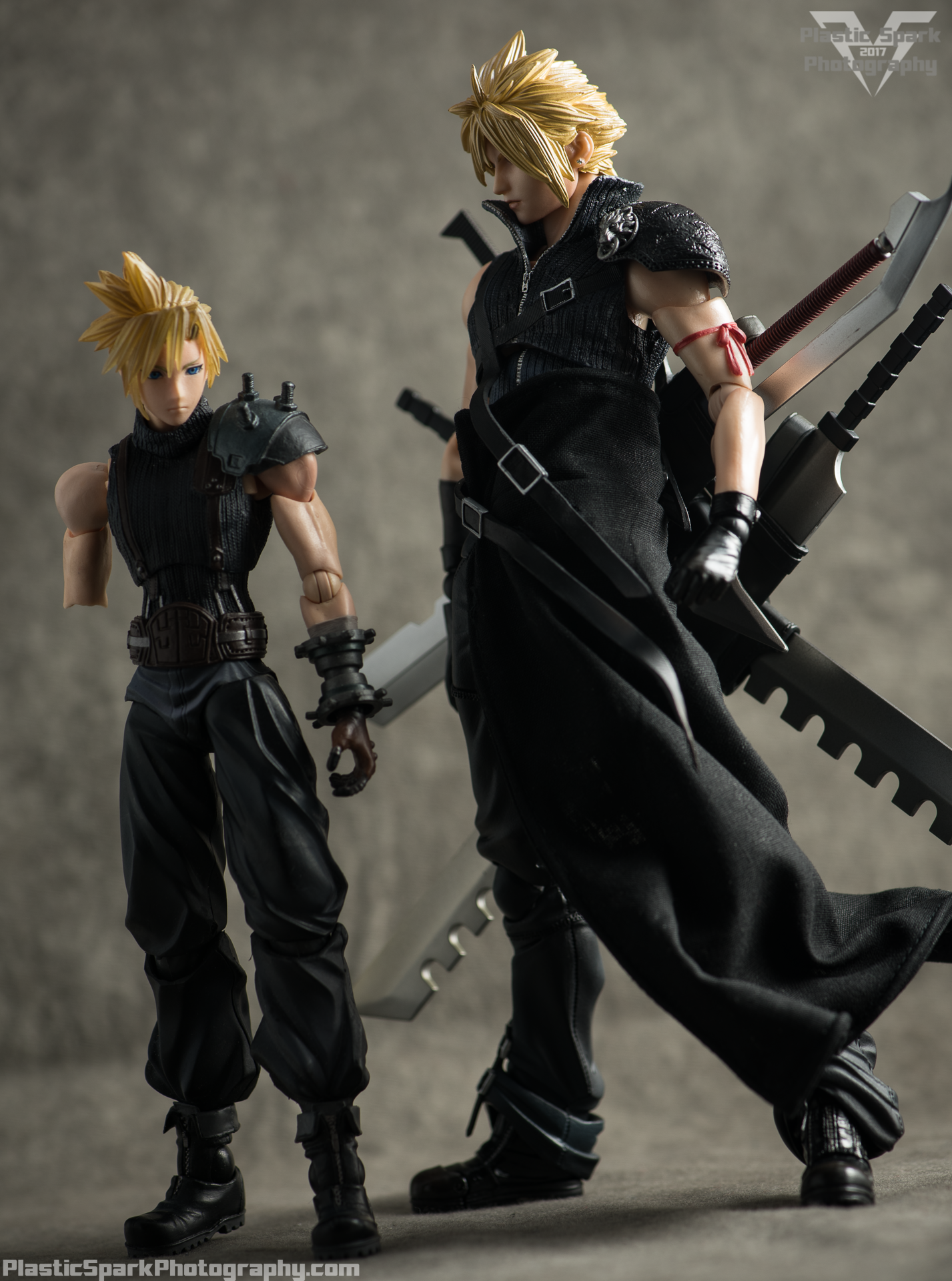 Play-Arts-Kai---Advent-Children-Cloud-(17-of-25).png
