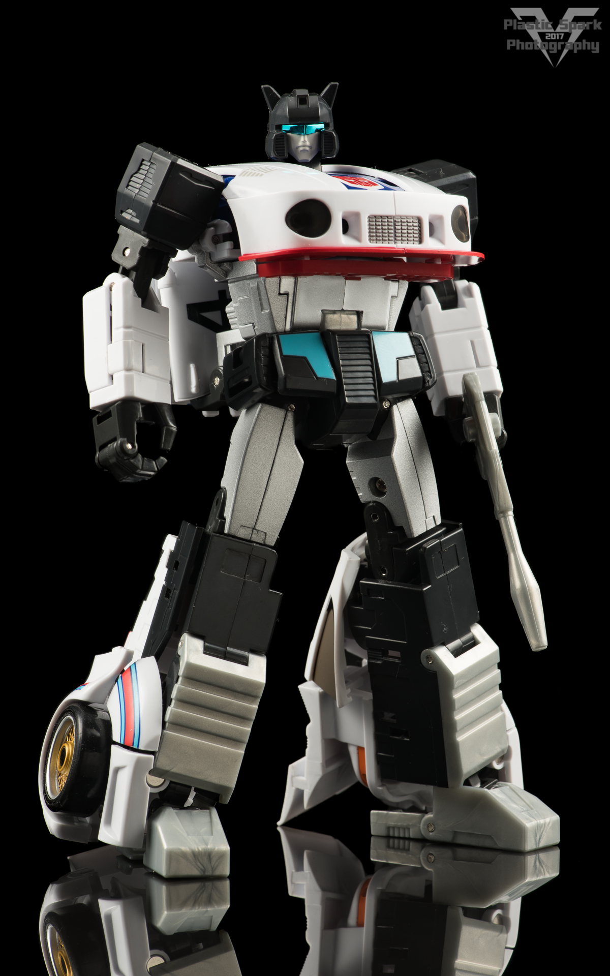 MakeToys-Re-Master-MTRM-09-Downbeat--(1-of-42).png