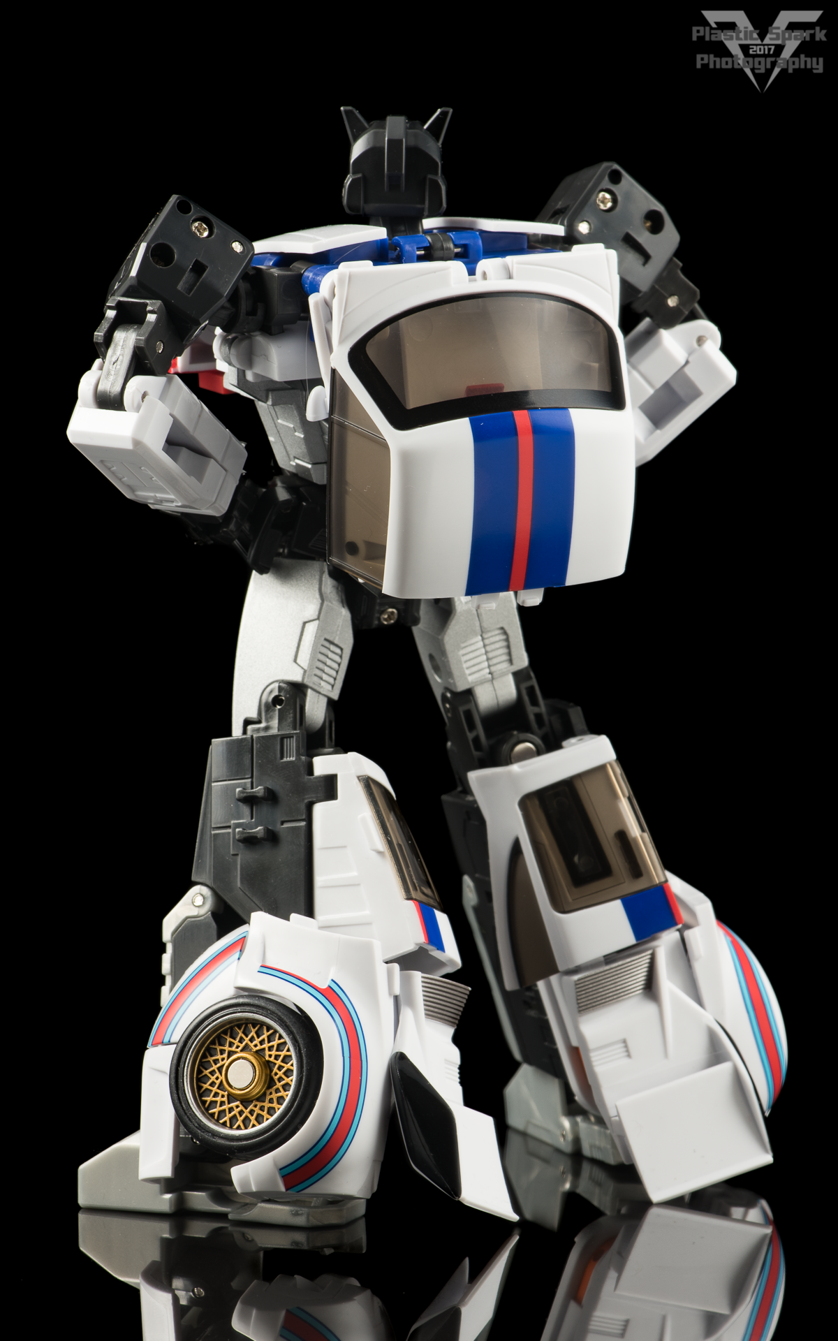 MakeToys-Re-Master-MTRM-09-Downbeat--(14-of-42).png