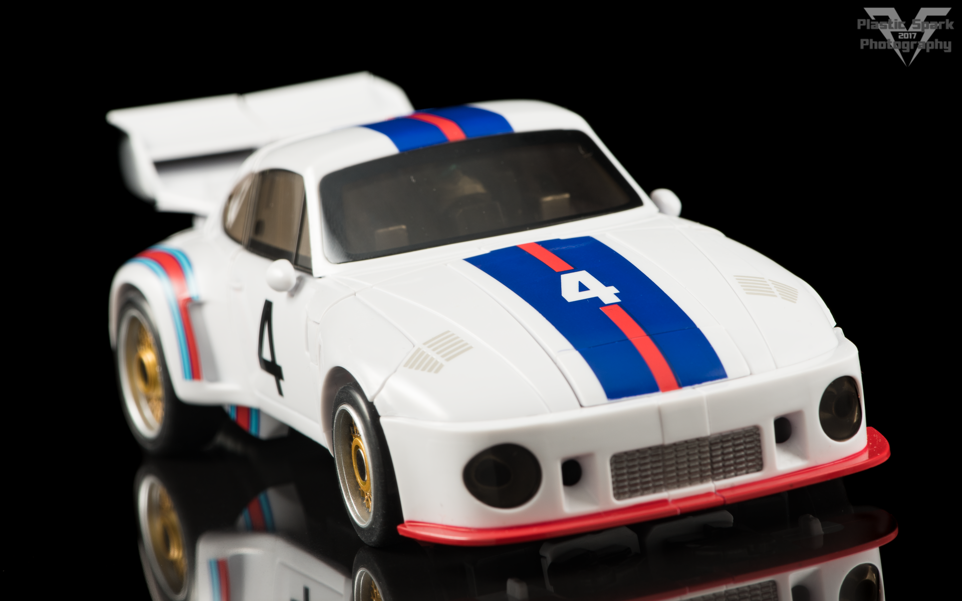MakeToys-Re-Master-MTRM-09-Downbeat--(28-of-42).png