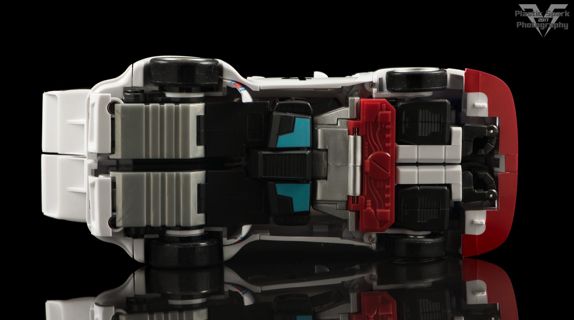 MakeToys-Re-Master-MTRM-09-Downbeat--(32-of-42).png