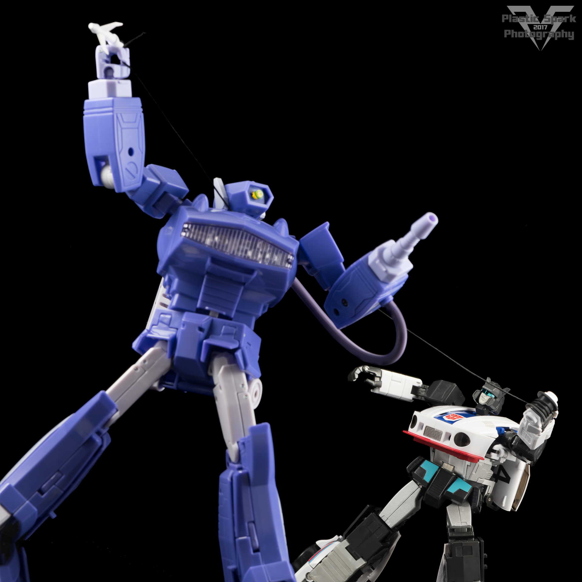 MakeToys-Re-Master-MTRM-09-Downbeat--(40-of-42).png