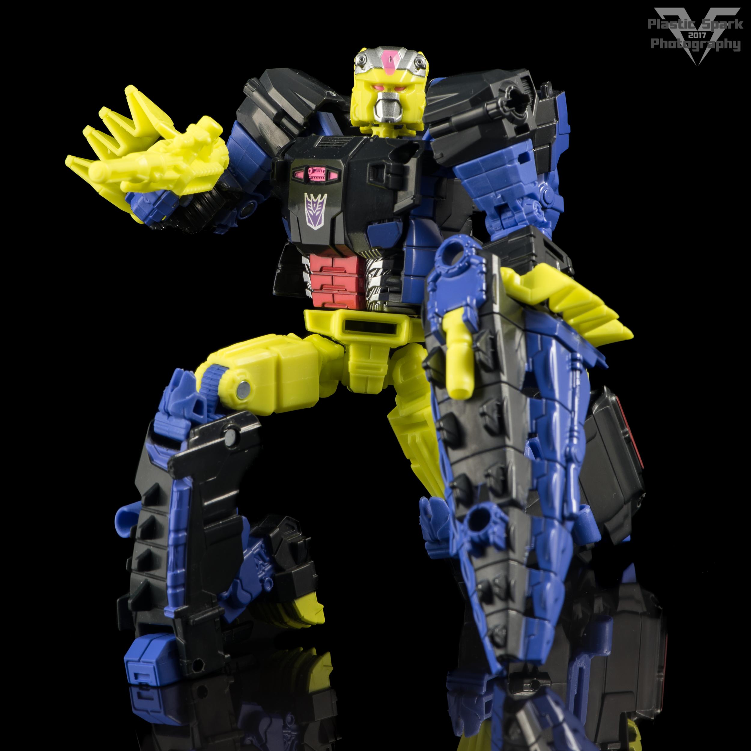 Hasbro-Titans-Return-Deluxe-Krok-(5-of-10).png
