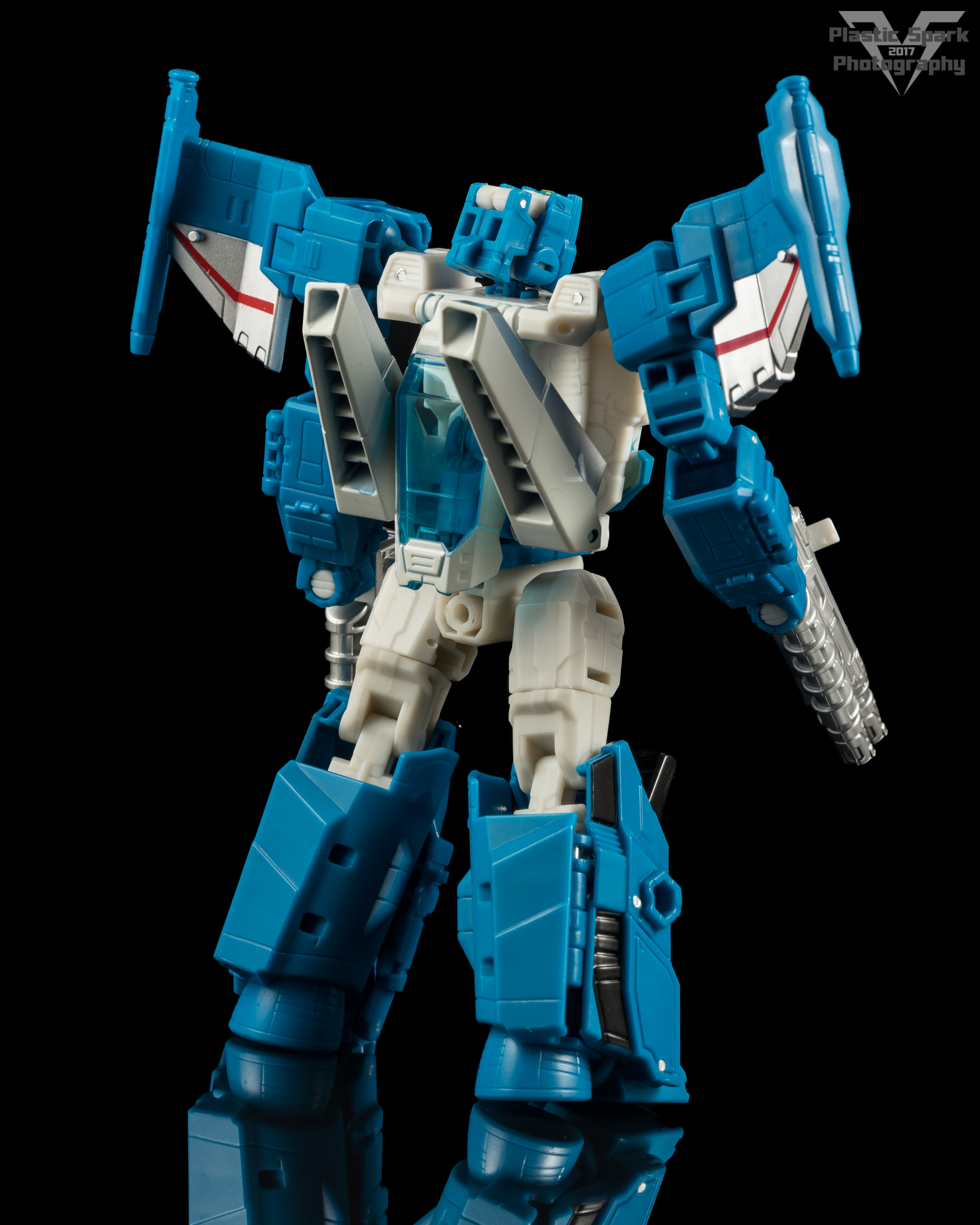 Hasbro-Titans-Return-Deluxe-Topspin-(2-of-7).png