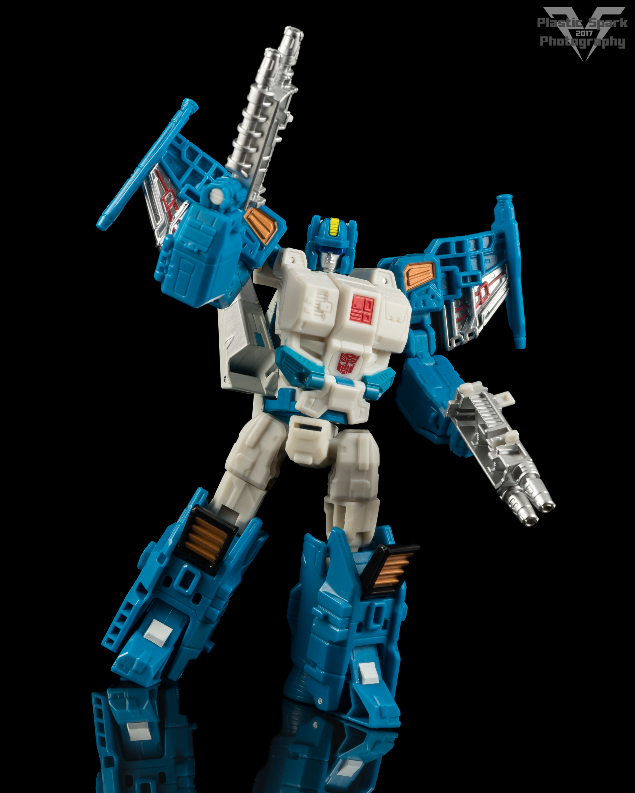 Hasbro-Titans-Return-Deluxe-Topspin-(7-of-7).png