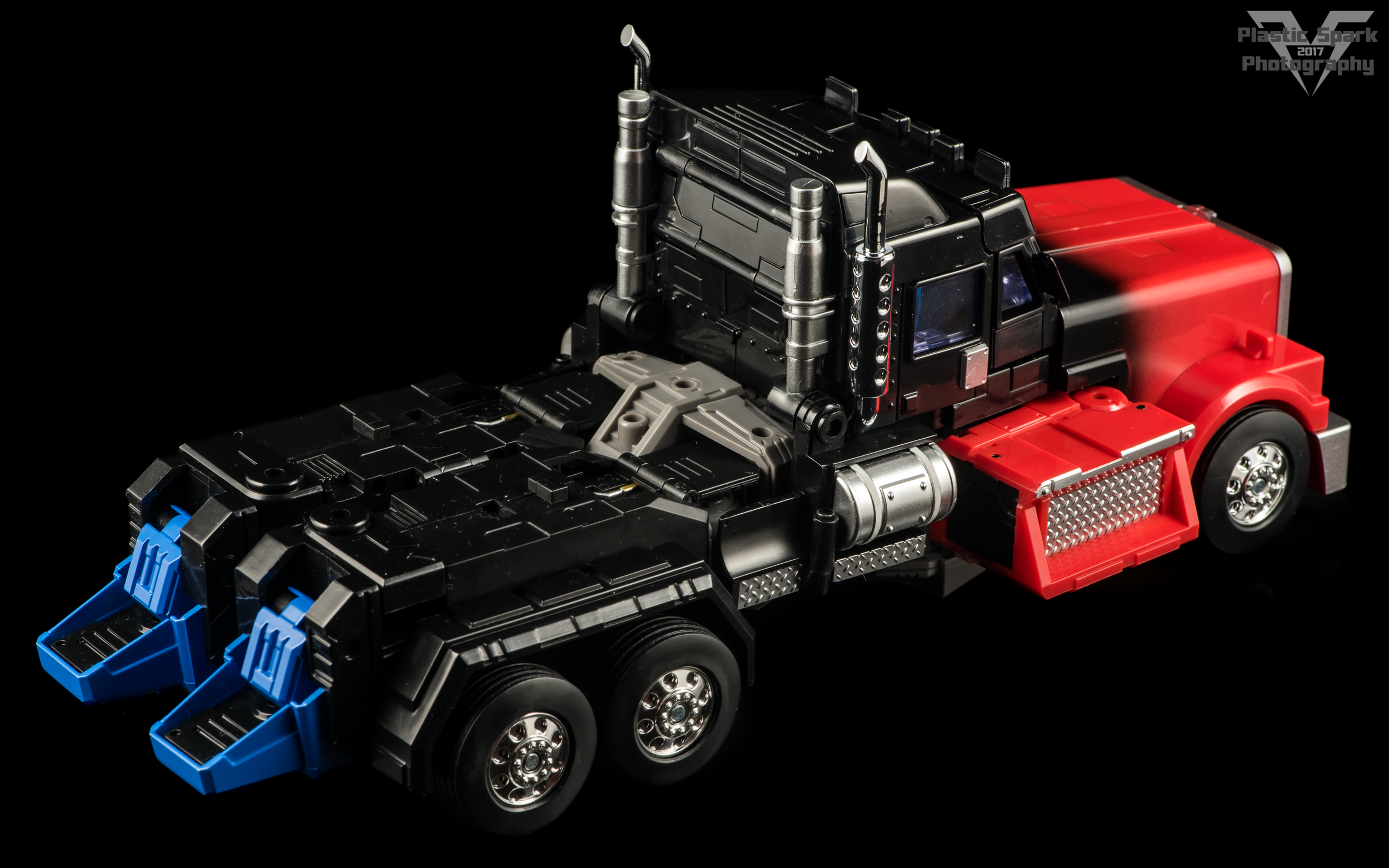 Fans-Hobby-MB-04-Gunfighter-II-(10-of-61).png