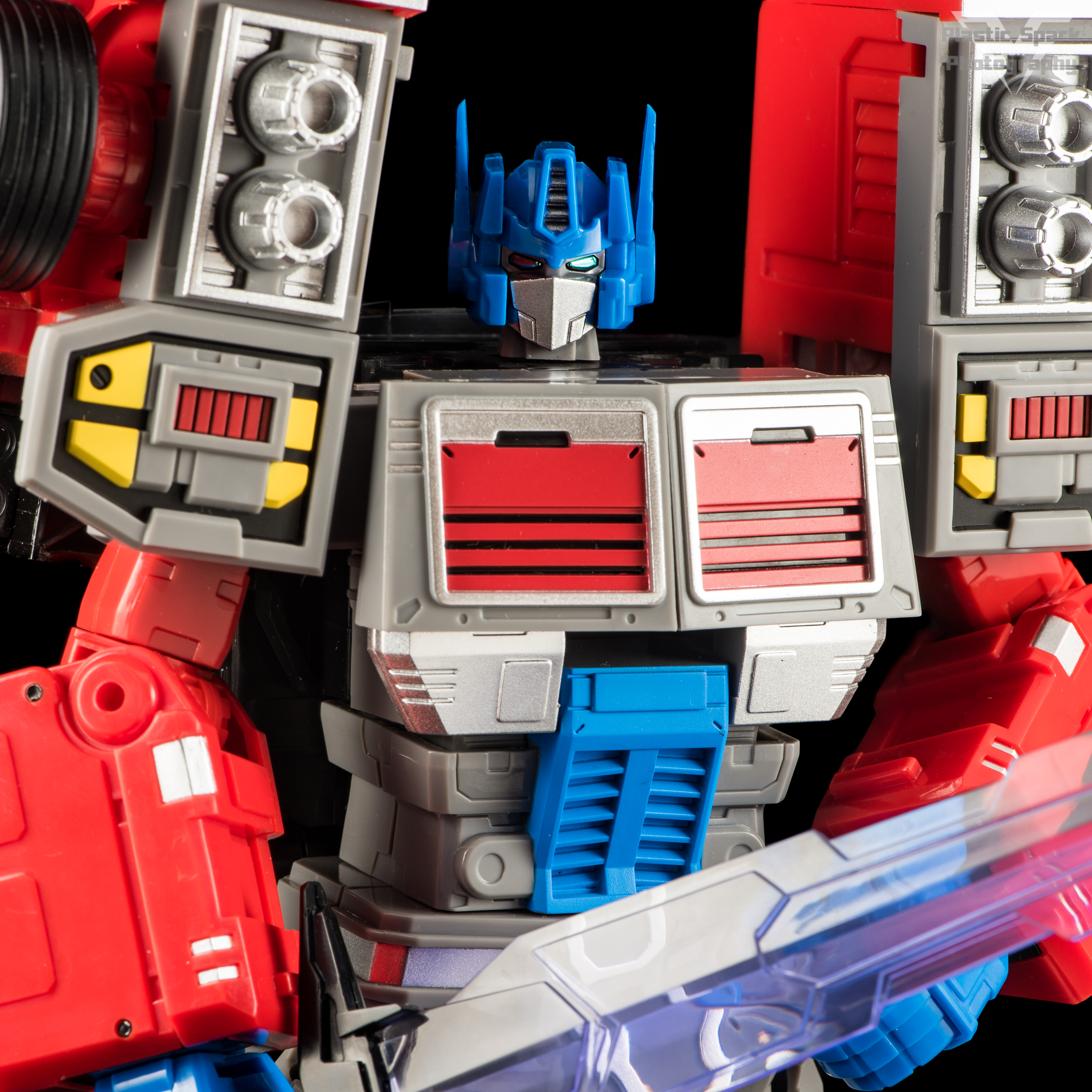 Fans-Hobby-MB-04-Gunfighter-II-(16-of-61).png
