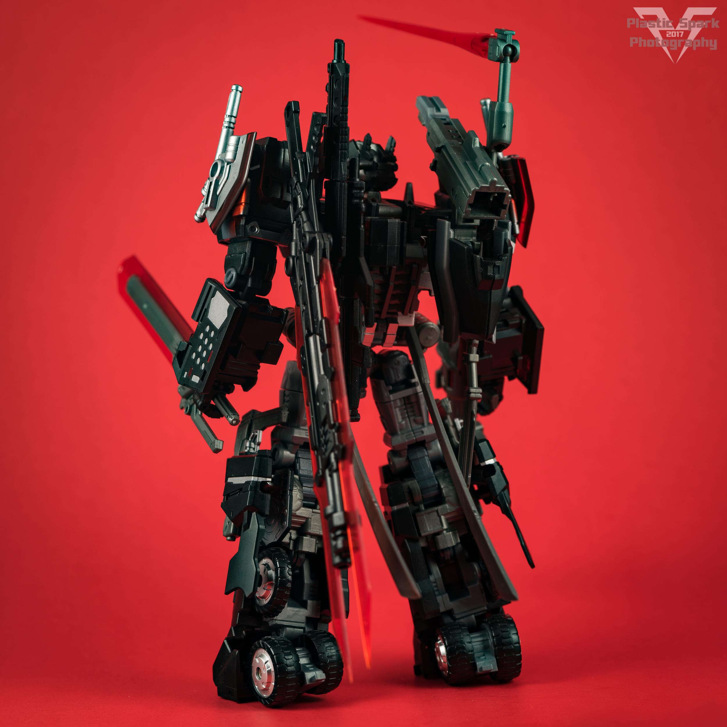 Maketoys-MTCD-01SP-Striker-Noir-(1-of-36).png