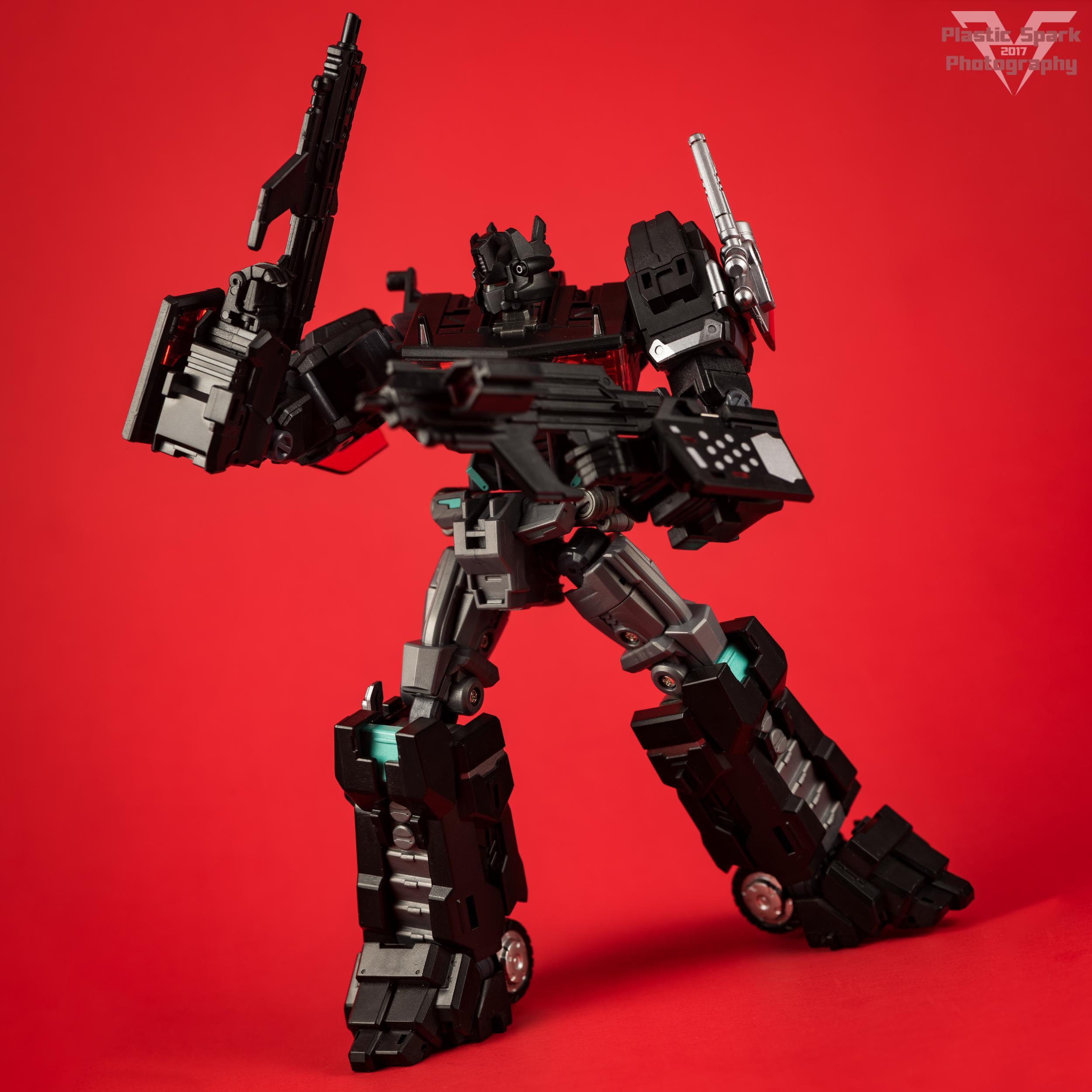 Maketoys-MTCD-01SP-Striker-Noir-(10-of-36).png
