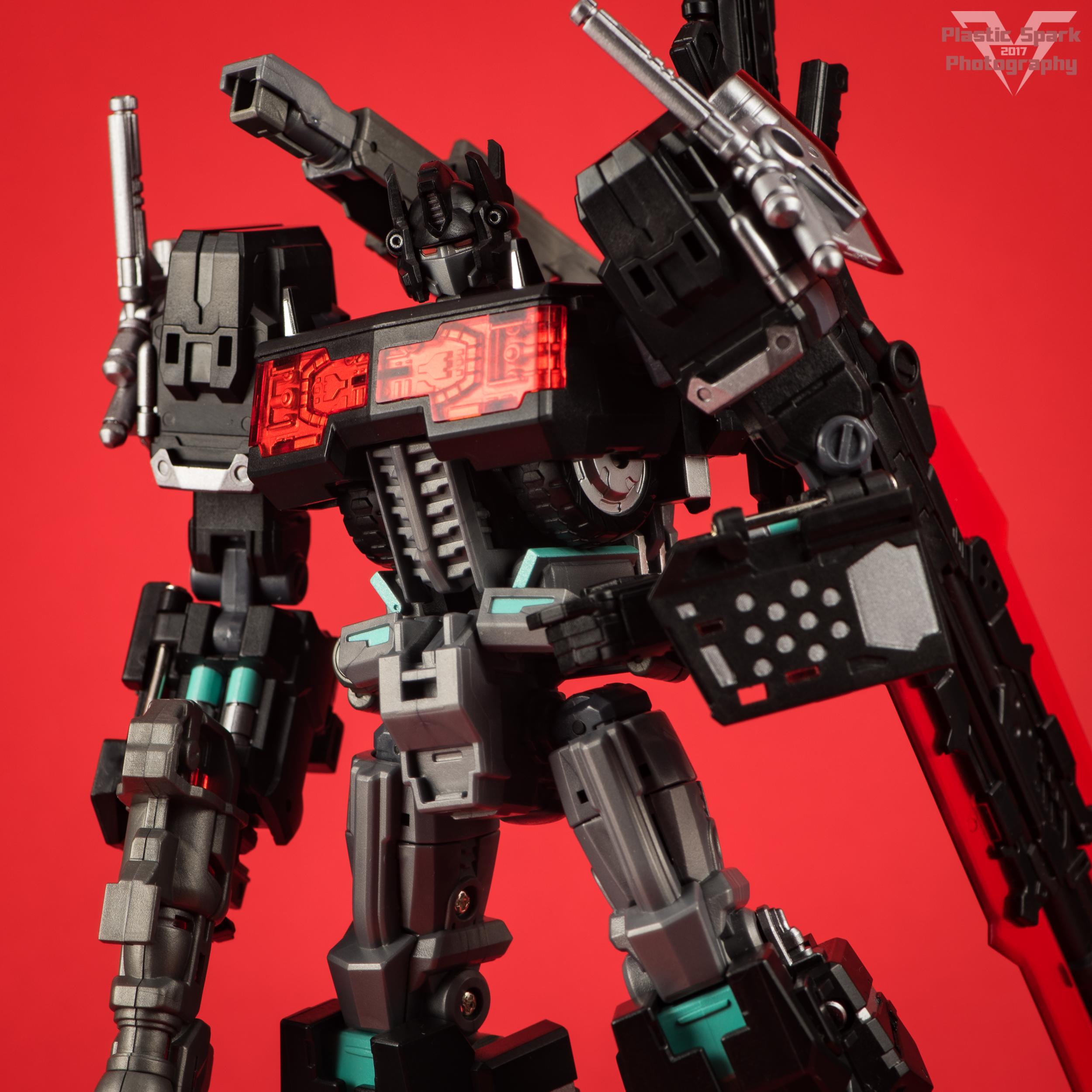 Maketoys-MTCD-01SP-Striker-Noir-(26-of-36).png