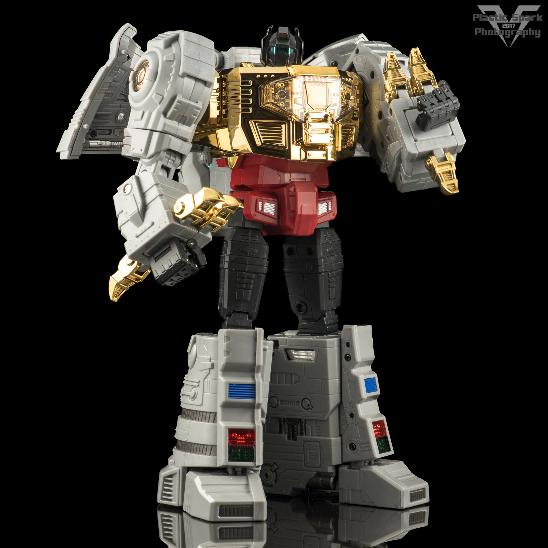 Fans-Toys-Iron-Dibots-(10-of-41).png