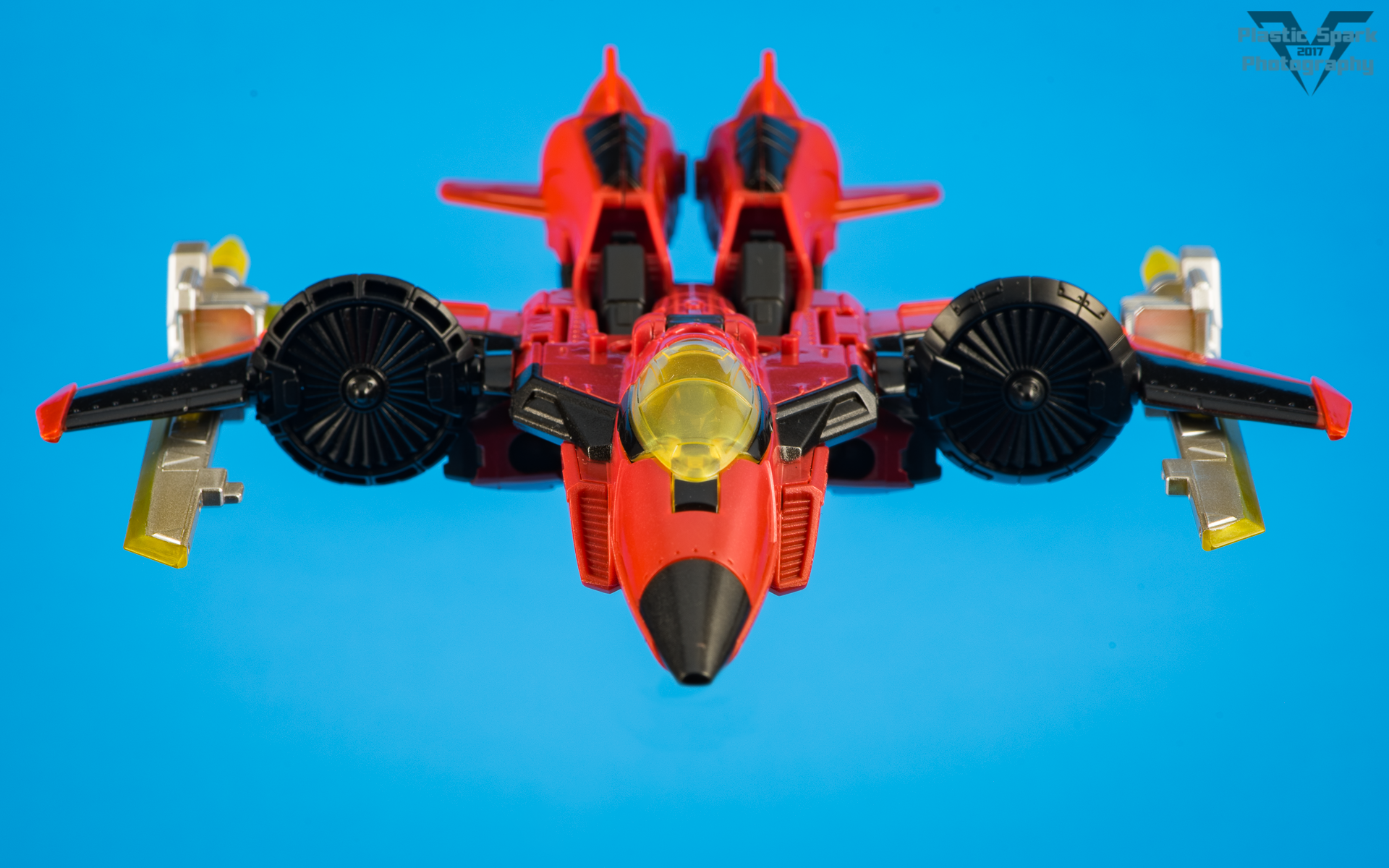 Titans-Return-Windblade-and-Scorchfire-(15-of-29).png