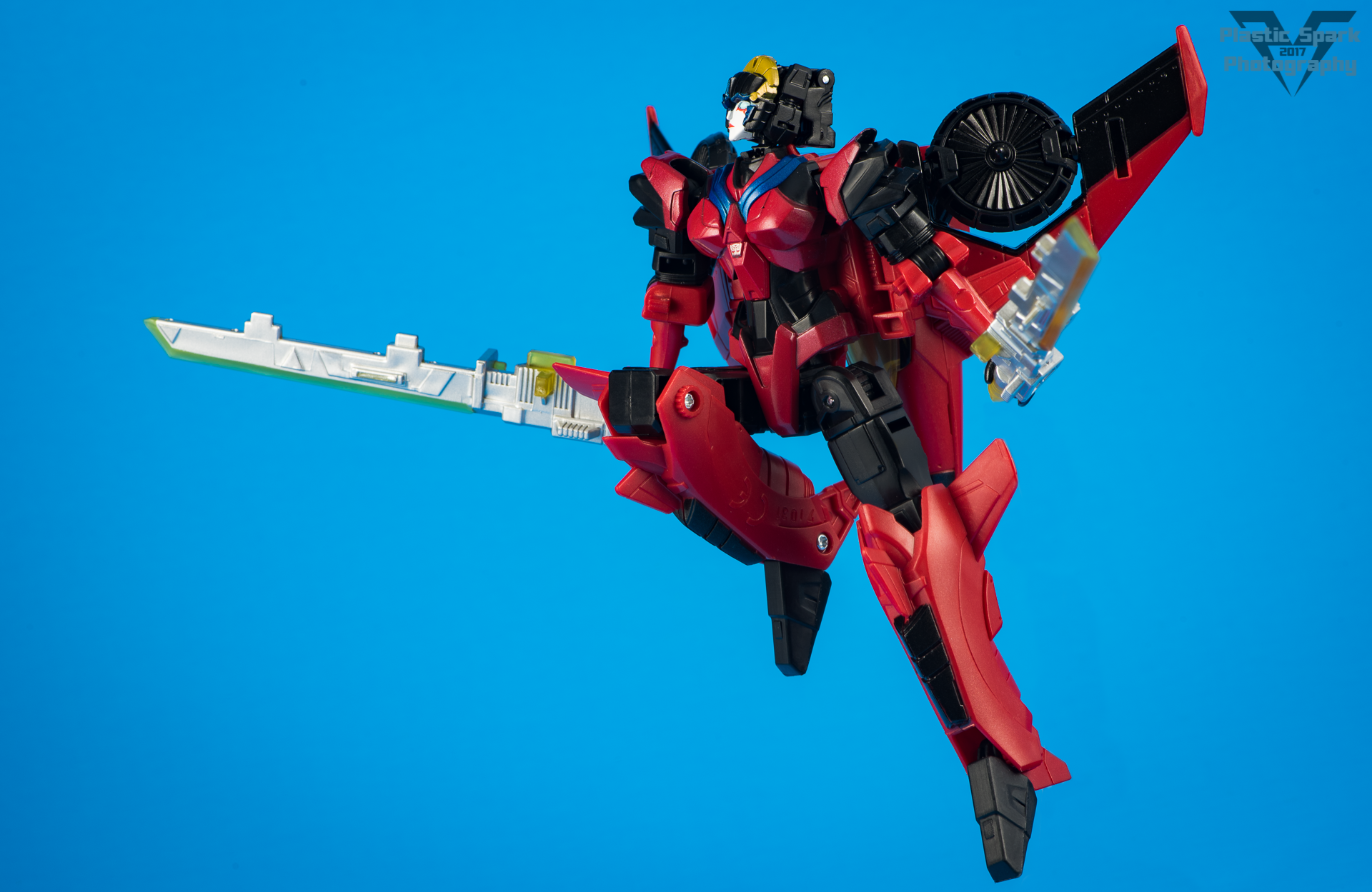 Titans-Return-Windblade-and-Scorchfire-(4-of-29).png