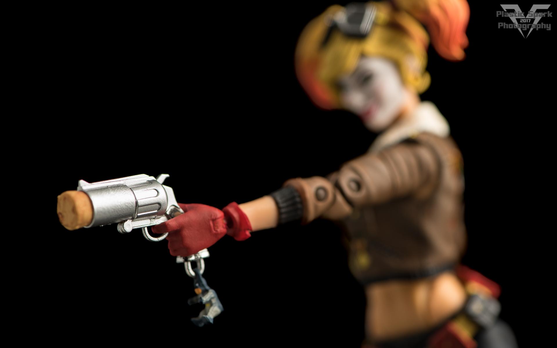 Bombshell-Harley-Quinn-(7-of-12).png