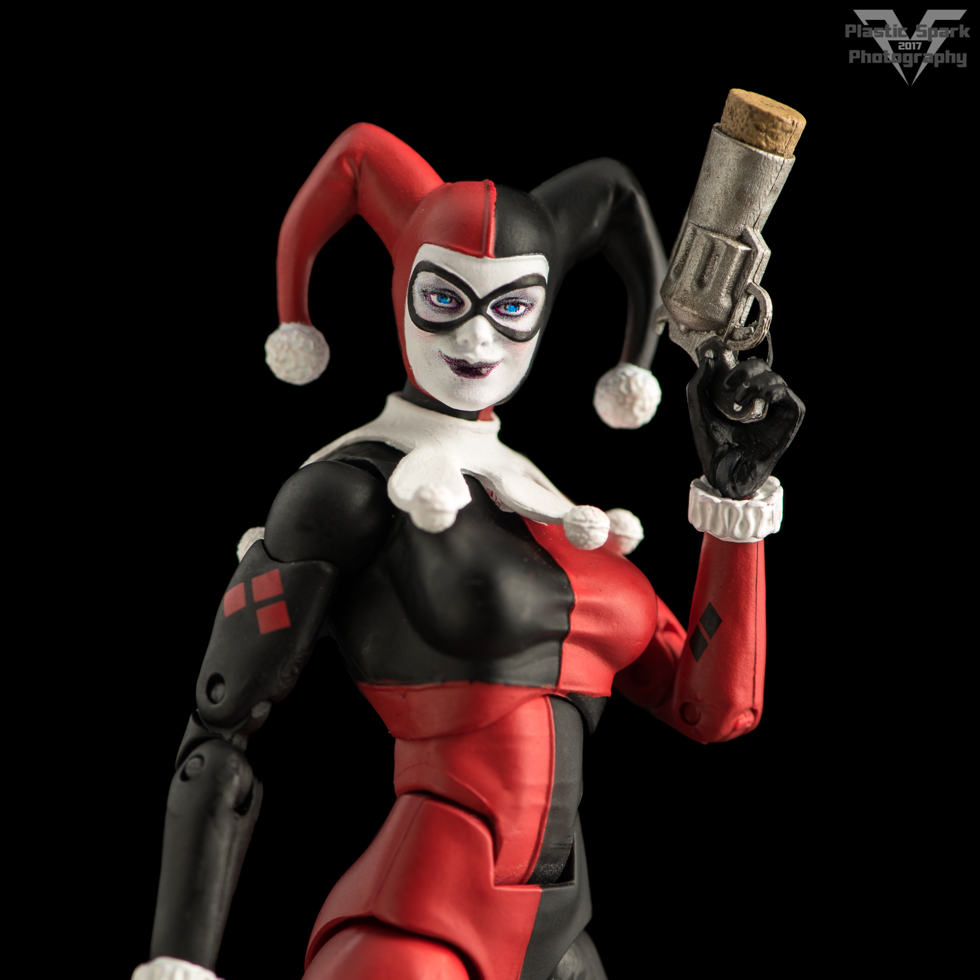 DC-Icons-Harley-Quinn-(7-of-8).png