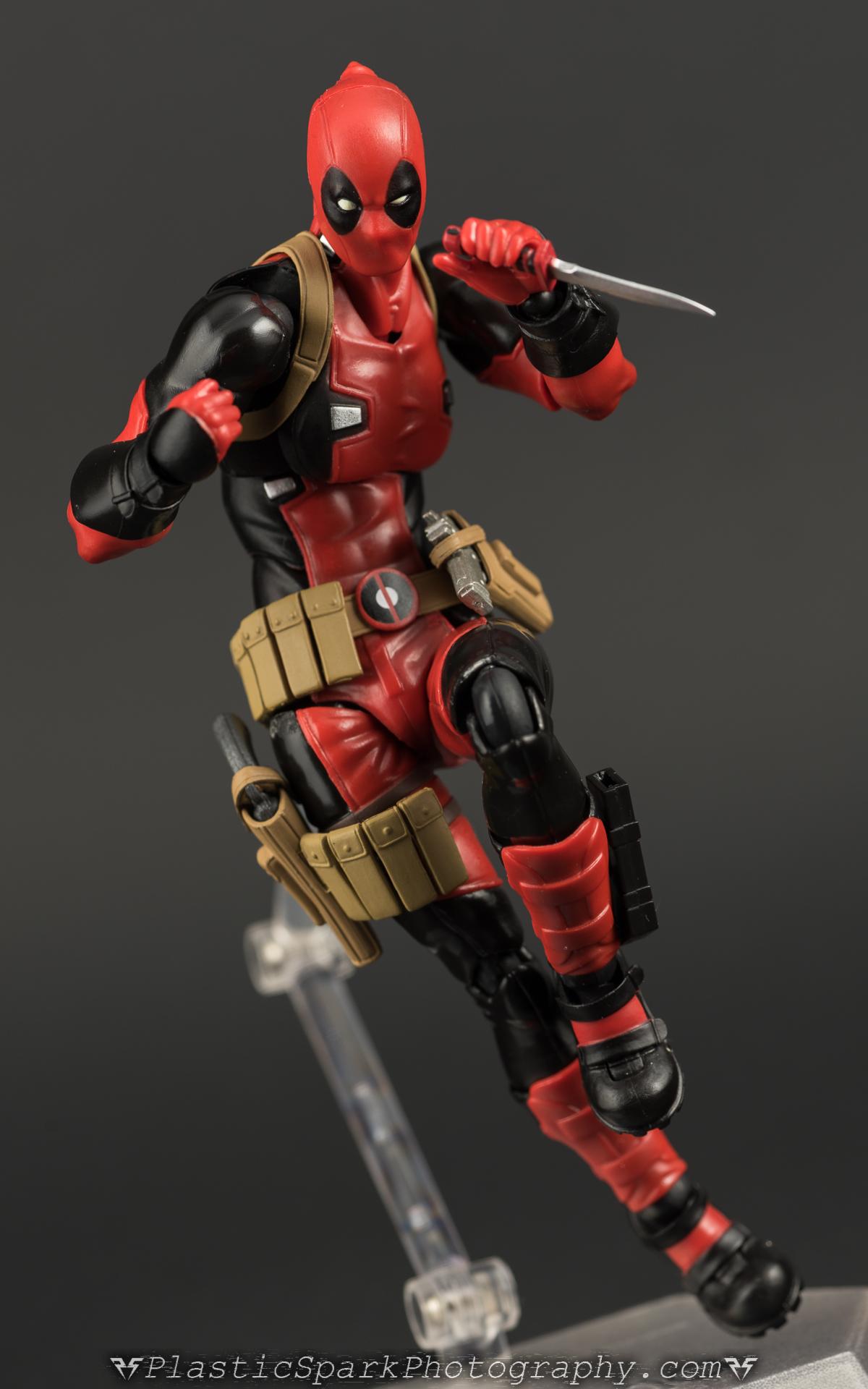 Figma-Deadpool-(25 of-62).jpg