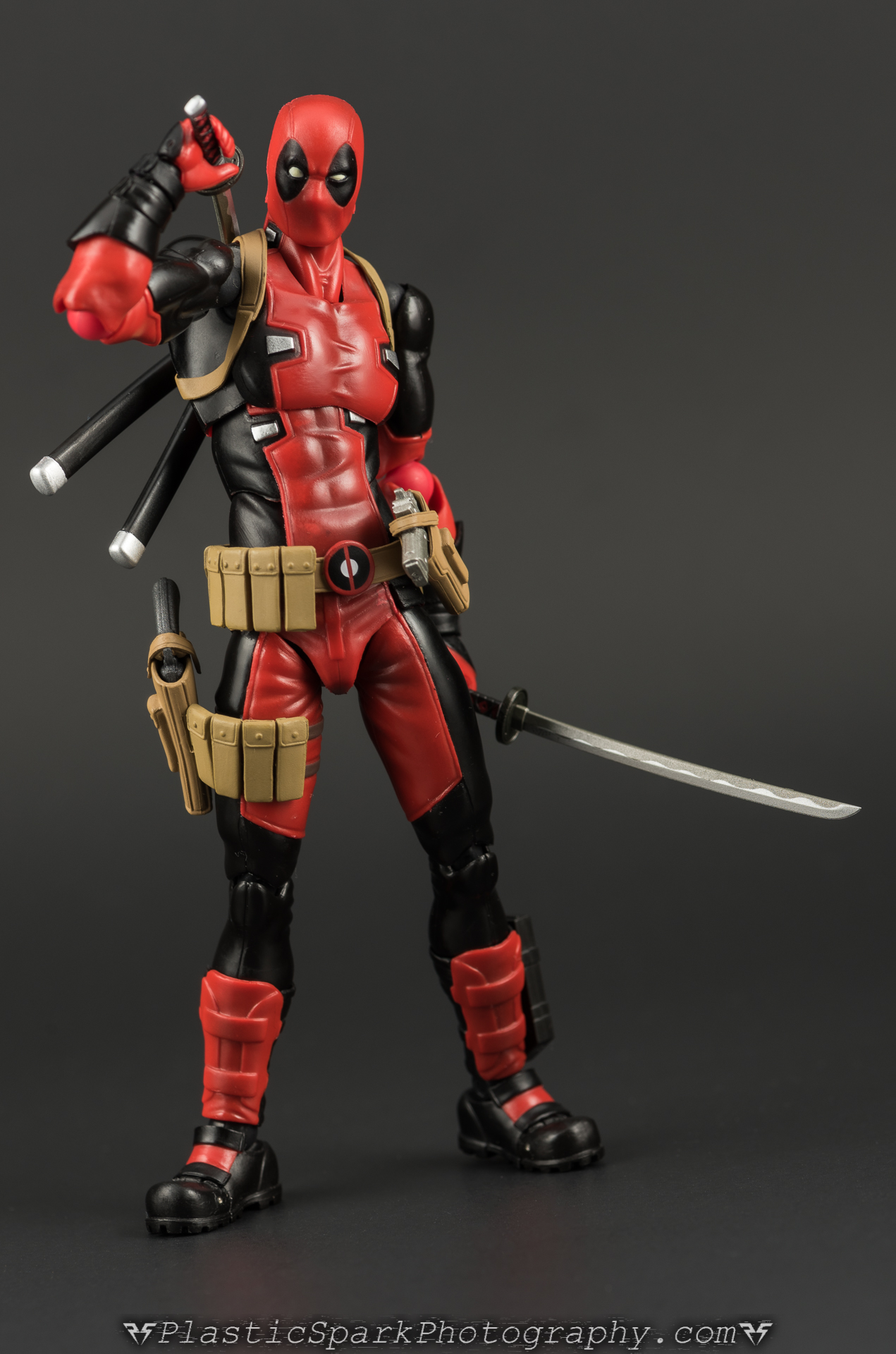 Figma-Deadpool-(27-of-62).jpg