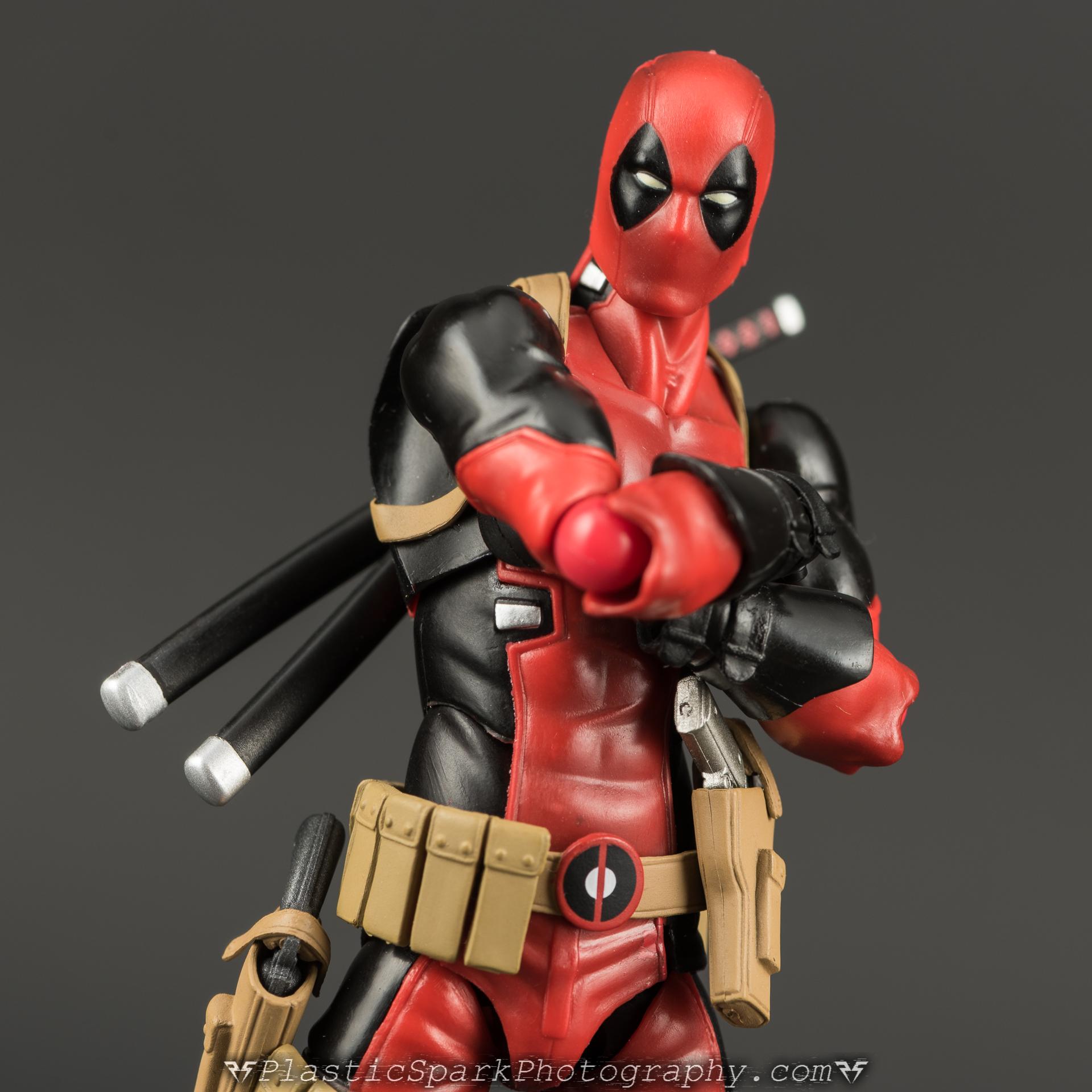 Figma-Deadpool-(8-of-62).jpg