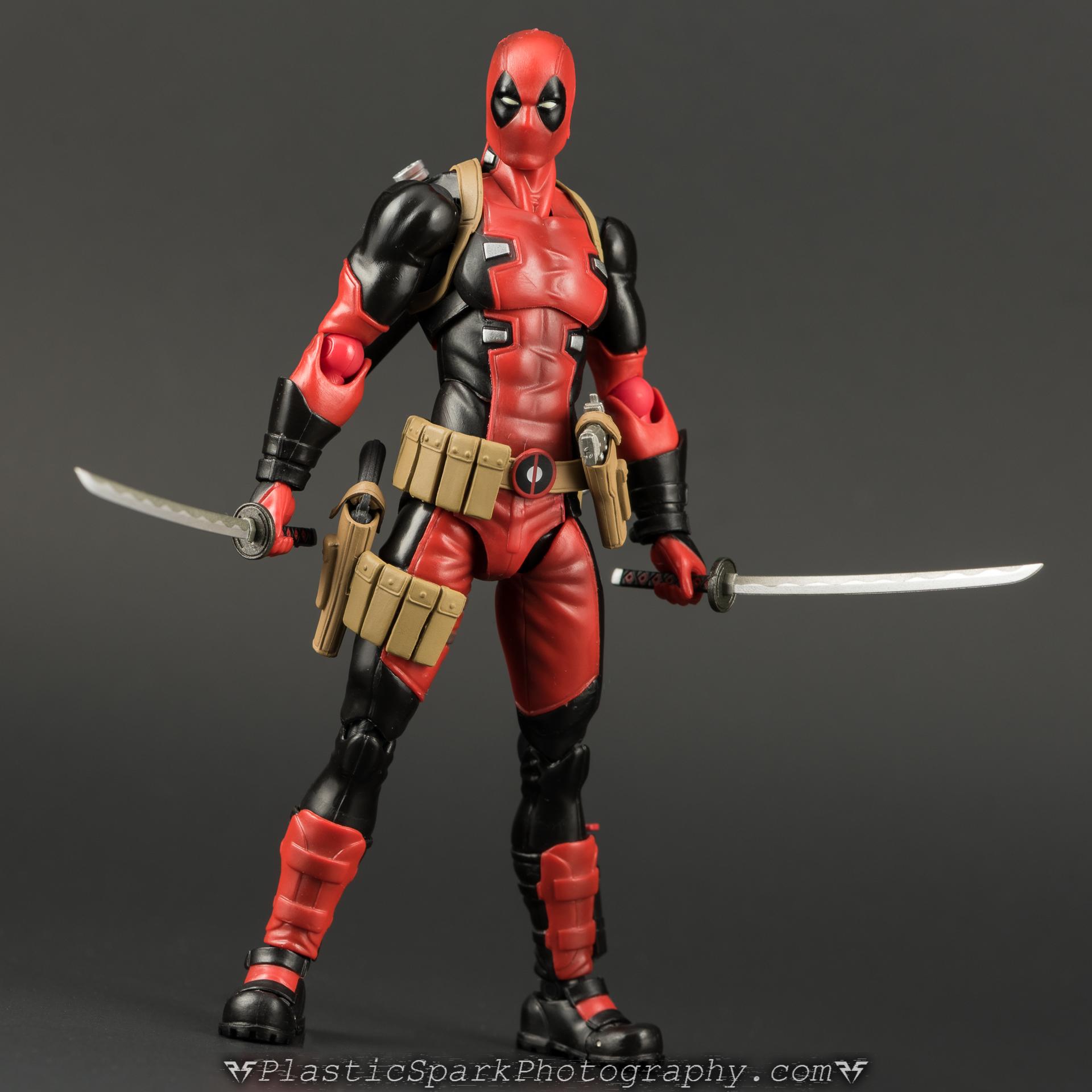 Figma-Deadpool-(12-of-62).jpg