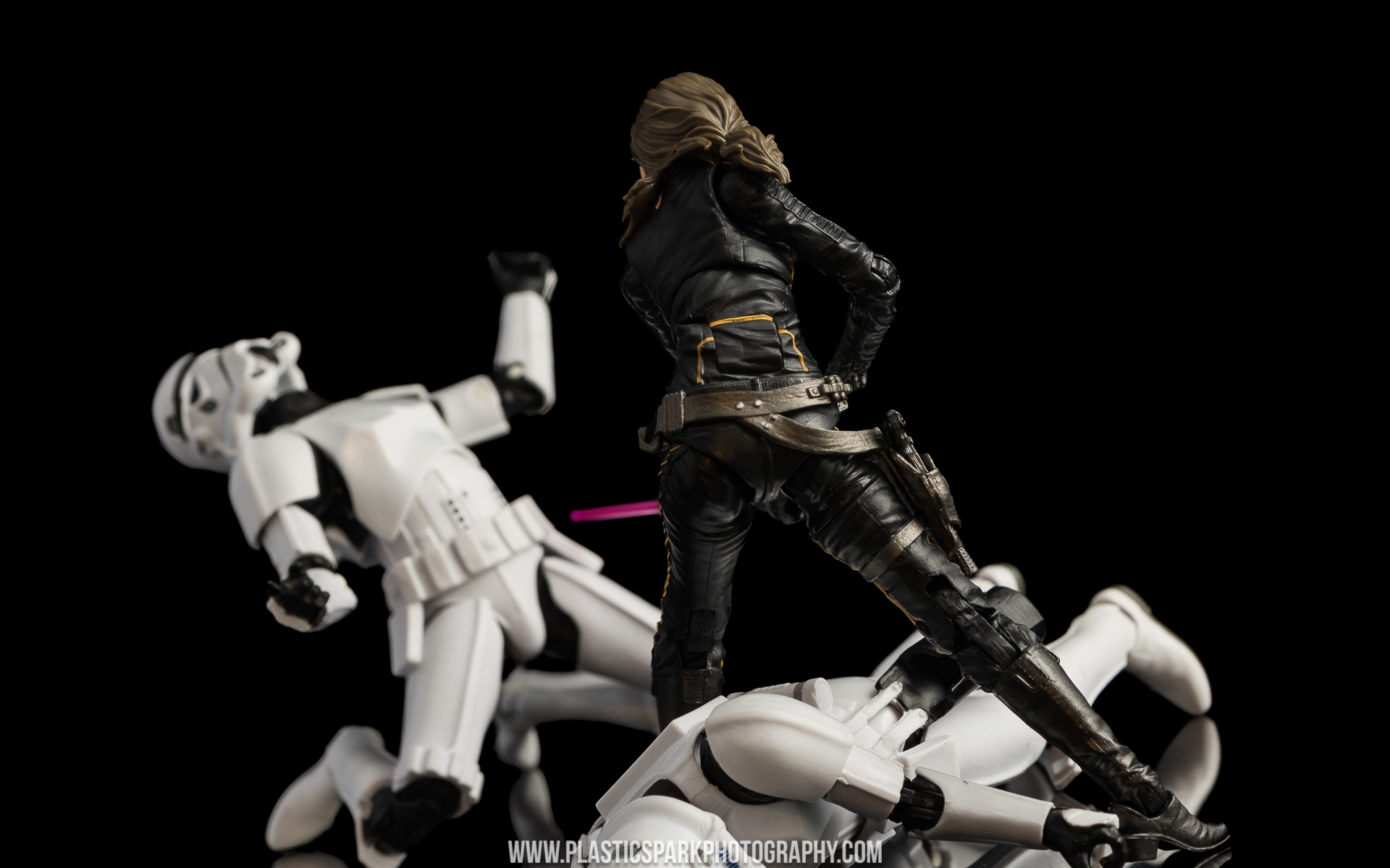 Star Wars Black Series Jaina Solo (13 of 14).jpg