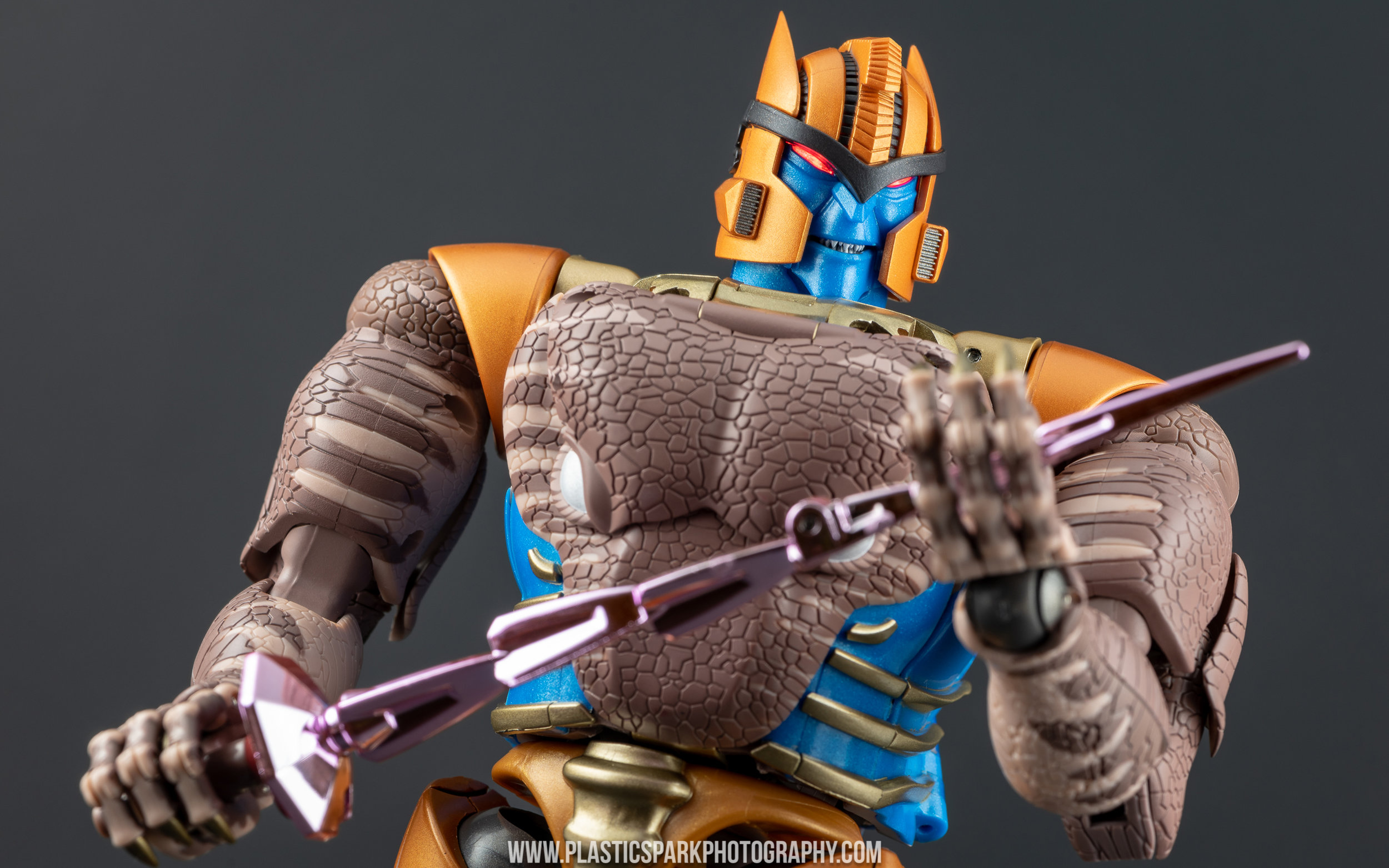 In Hand Transformers Beast Wars Masterpiece MP-41 Dinobot MP41 Toys Hero