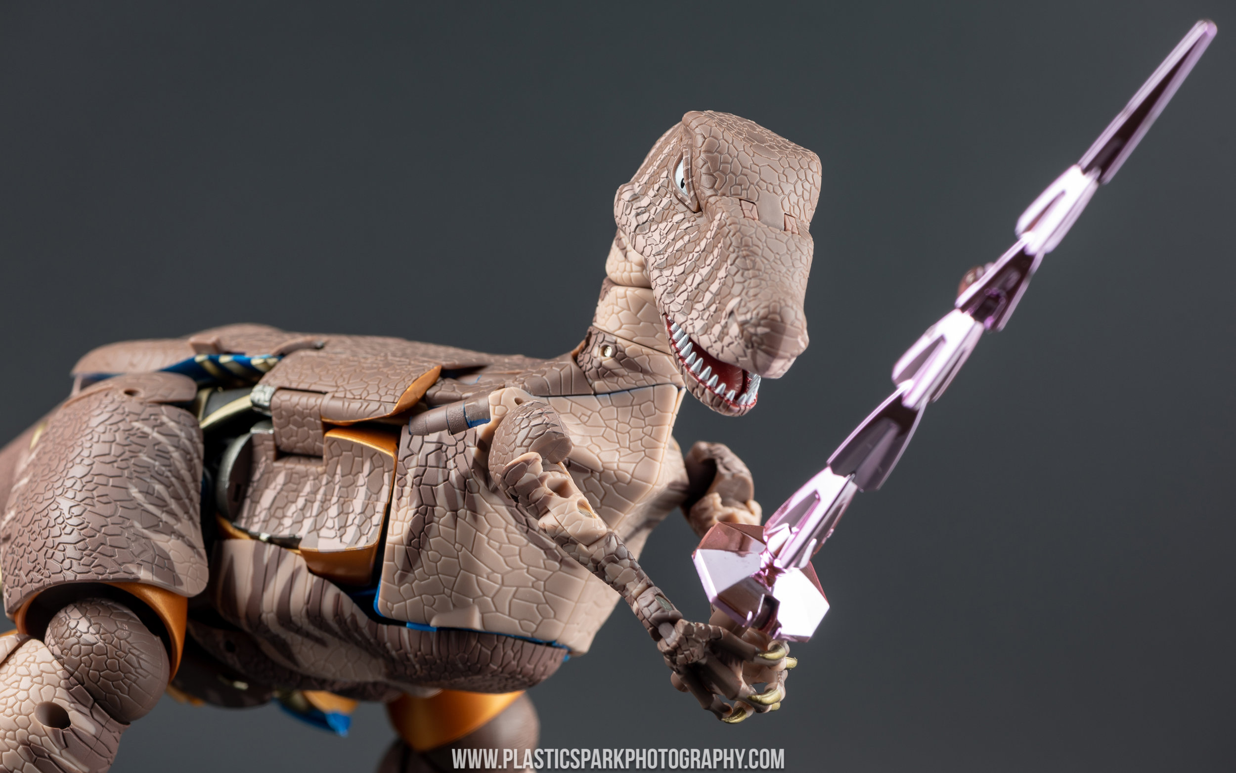 Masterpiece MP-41 Dinobot (16 of 88).jpg